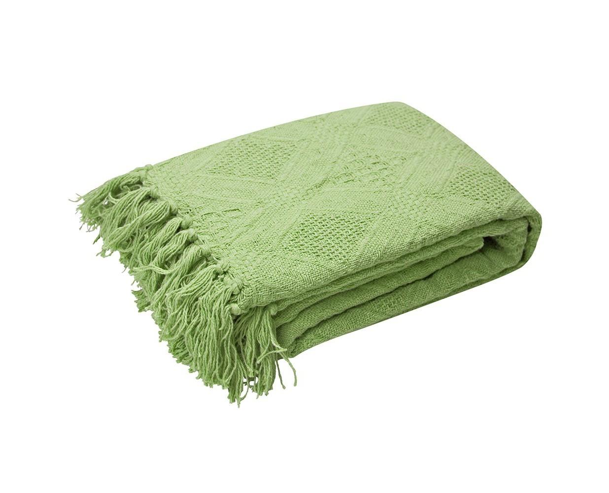 Покрывало Зелёный чайПокрывала<br>Хлопковое объемное вязаное покрывало зеленого цвета.&amp;amp;nbsp;&amp;lt;div&amp;gt;Край покрывала оформлен кистями.&amp;amp;nbsp;&amp;lt;div&amp;gt;Плотность 330г/м&amp;lt;/div&amp;gt;&amp;lt;/div&amp;gt;<br><br>Material: Хлопок<br>Length см: None<br>Width см: 160<br>Depth см: 220<br>Height см: None<br>Diameter см: None