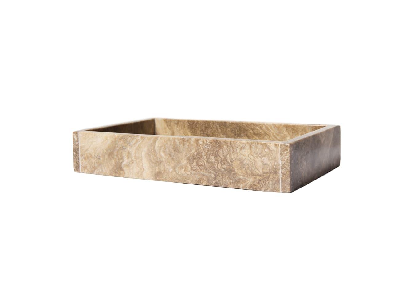 Поднос MarbleАксессуары для ванной<br>Этот массивный поднос выполнен из натурального мрамора коричневого цвета. Каждый поднос из этой серии имеет свою неповторимую цветовую гамму, заданную самой природой.&amp;amp;nbsp;<br><br>Material: Мрамор<br>Length см: None<br>Width см: 27<br>Depth см: 17<br>Height см: 5<br>Diameter см: None