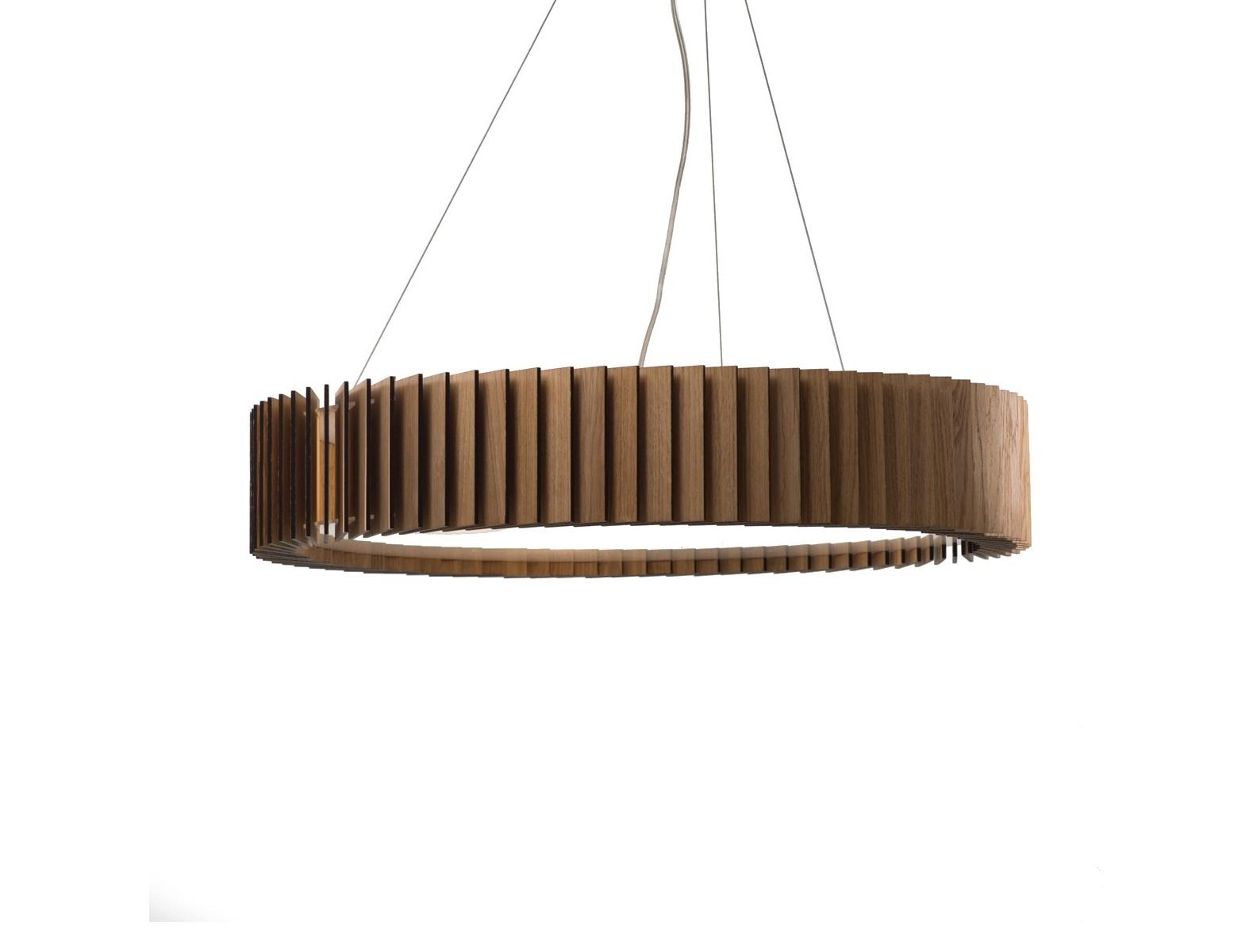Светильник РоторПодвесные светильники<br>Ротор представляют собой люстру, основание которой изготовлено из акрилового матового стекла, деревянные пластины выполнены из шпона дуба и покрыты защитными маслами и воском. Светильник оснащён 4 патронами для светодиодных лампочек, что обеспечит яркий поток света для всего помещения. Свет проходит через деревянные лопасти, направленные под углом, и рождает впечатляющие узоры на стенах.&amp;amp;nbsp;&amp;lt;div&amp;gt;&amp;lt;br&amp;gt;&amp;lt;/div&amp;gt;&amp;lt;div&amp;gt;&amp;lt;div&amp;gt;Вид цоколя: E27&amp;lt;/div&amp;gt;&amp;lt;div&amp;gt;Мощность: &amp;amp;nbsp;9W&amp;amp;nbsp;&amp;lt;/div&amp;gt;&amp;lt;div&amp;gt;Количество ламп: 4 (нет в комплекте)&amp;lt;/div&amp;gt;&amp;lt;/div&amp;gt;&amp;lt;div&amp;gt;Внимание! Допускается использование только светодиодных или энергосберегающих ламп мощностью не более 9 Вт. Гарантия на светильник 12 месяцев.&amp;lt;/div&amp;gt;<br><br>Material: Стекло<br>Height см: 12<br>Diameter см: 66