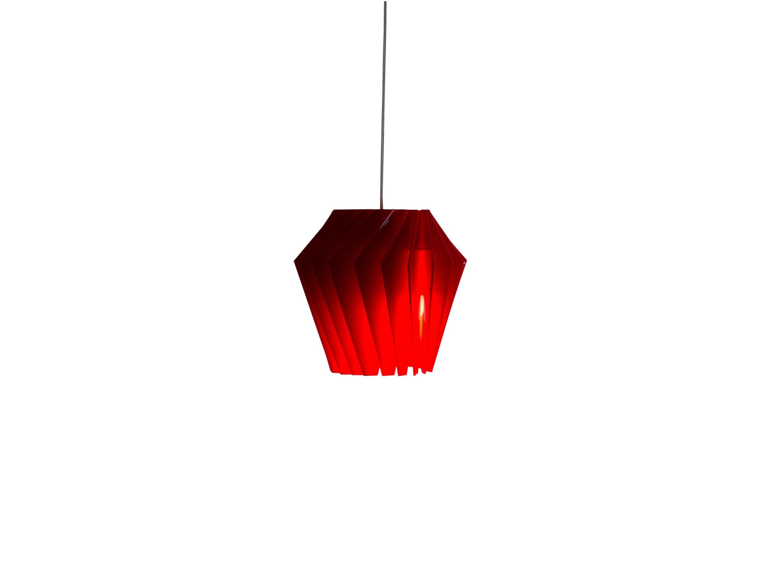 Подвесной светильник ТурболампаПодвесные светильники<br>Стильный, дизайнерский светильник глубокого красного цвета украсит любой современный интерьер, добавит необходимые световые акценты, а также создаст неповторимую атмосферу.  Пластины изготовлены из акрилового стекла Plexiglas и скреплены между собой специальными пазами и образуют игривую, как будто двигающуюся комбинацию. <br>Для производства применяются высококачественные комплектующие европейских производителей электрооборудования.&amp;amp;nbsp;&amp;lt;div&amp;gt;&amp;lt;br&amp;gt;&amp;lt;/div&amp;gt;&amp;lt;div&amp;gt;Вид цоколя: Е27<br>Мощность:  9 Вт<br>Количество ламп:  1&amp;amp;nbsp;&amp;lt;/div&amp;gt;&amp;lt;div&amp;gt;&amp;lt;div&amp;gt;Вид цоколя: E27&amp;lt;/div&amp;gt;&amp;lt;div&amp;gt;Мощность: &amp;amp;nbsp;9W&amp;amp;nbsp;&amp;lt;/div&amp;gt;&amp;lt;div&amp;gt;Количество ламп: 1 (нет в комплекте)&amp;lt;/div&amp;gt;&amp;lt;/div&amp;gt;&amp;lt;div&amp;gt;Внимание! Допускается использование только светодиодных или энергосберегающих ламп мощностью не более 9 Вт.&amp;amp;nbsp;&amp;lt;/div&amp;gt;<br><br>Material: Стекло<br>Высота см: 26
