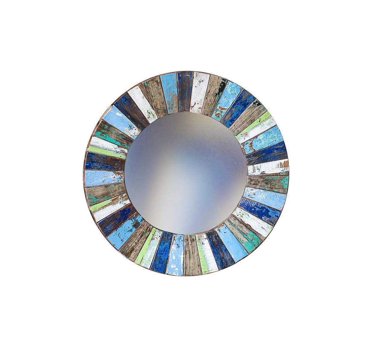 Зеркало КолобокНастенные зеркала<br>Круглое зеркало выполнено из фрагментов настоящего рыболовецкого судна, возраст которого 20-40 лет. Окрас сохранён оригинальный. Диаметр 78 см.<br><br>Material: Тик<br>Width см: =<br>Depth см: 4<br>Height см: =<br>Diameter см: 78