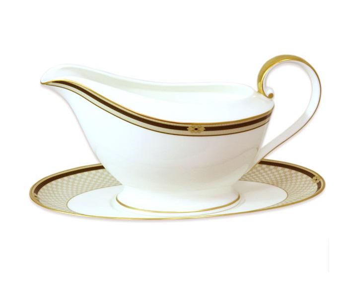 Соусник на блюдце ВиндзорМиски и чаши<br><br><br>Material: Фарфор