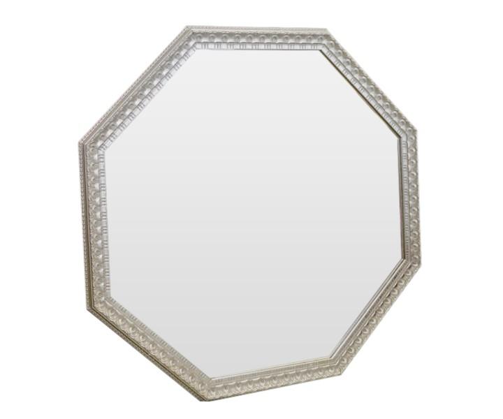 Зеркало Серебристый светНастенные зеркала<br>Благодаря гармоничному сочетанию серебряной амальгамы и серебристого оттенка рамы, обыкновенный предмет интерьера превратился в настоящее произведение искусства. Зеркало идеально дополнит интерьер прихожей, а также станет центральным элементом в оформлении гостиной или спальни хозяев дома.<br><br>Material: Полиуретан<br>Width см: 96<br>Depth см: 5<br>Height см: 96