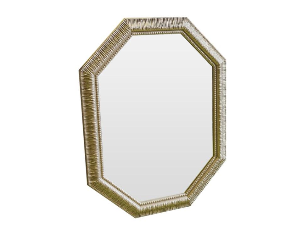 Зеркало РоскошьНастенные зеркала<br>Искристость и игривое настроение этого зеркала добавят в Ваш дом смешинок, душещипательных моментов и неподдельной нежности.<br><br>Material: Полиуретан<br>Ширина см: 70<br>Высота см: 92<br>Глубина см: 4