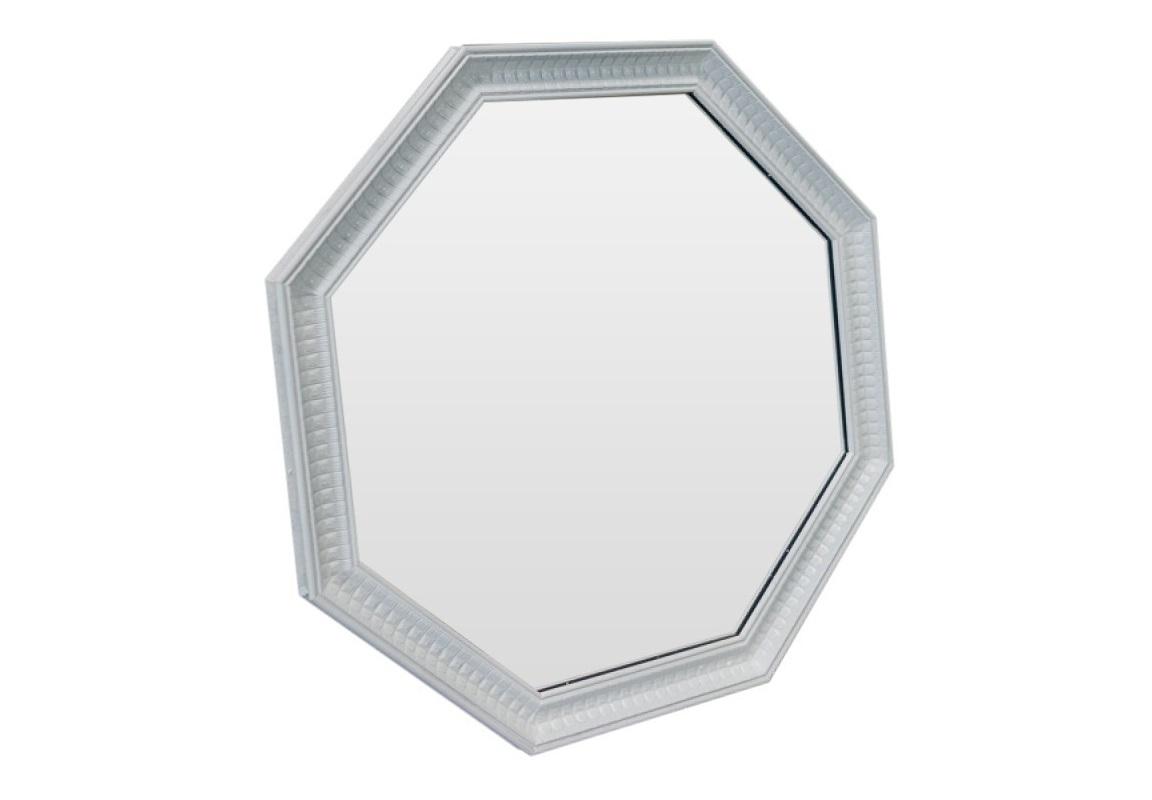 ЗеркалоНастенные зеркала<br>Зеркало необычной формы выполнено в стиле французского кантри. Этот стиль относится к теплым, южным стилям, он как бы хранит в себе атмосферу солнечного Прованса. Распахните себя навстречу лучезарной природе!<br><br>Material: Полиуретан<br>Ширина см: 59.0<br>Высота см: 59.0<br>Глубина см: 4.0