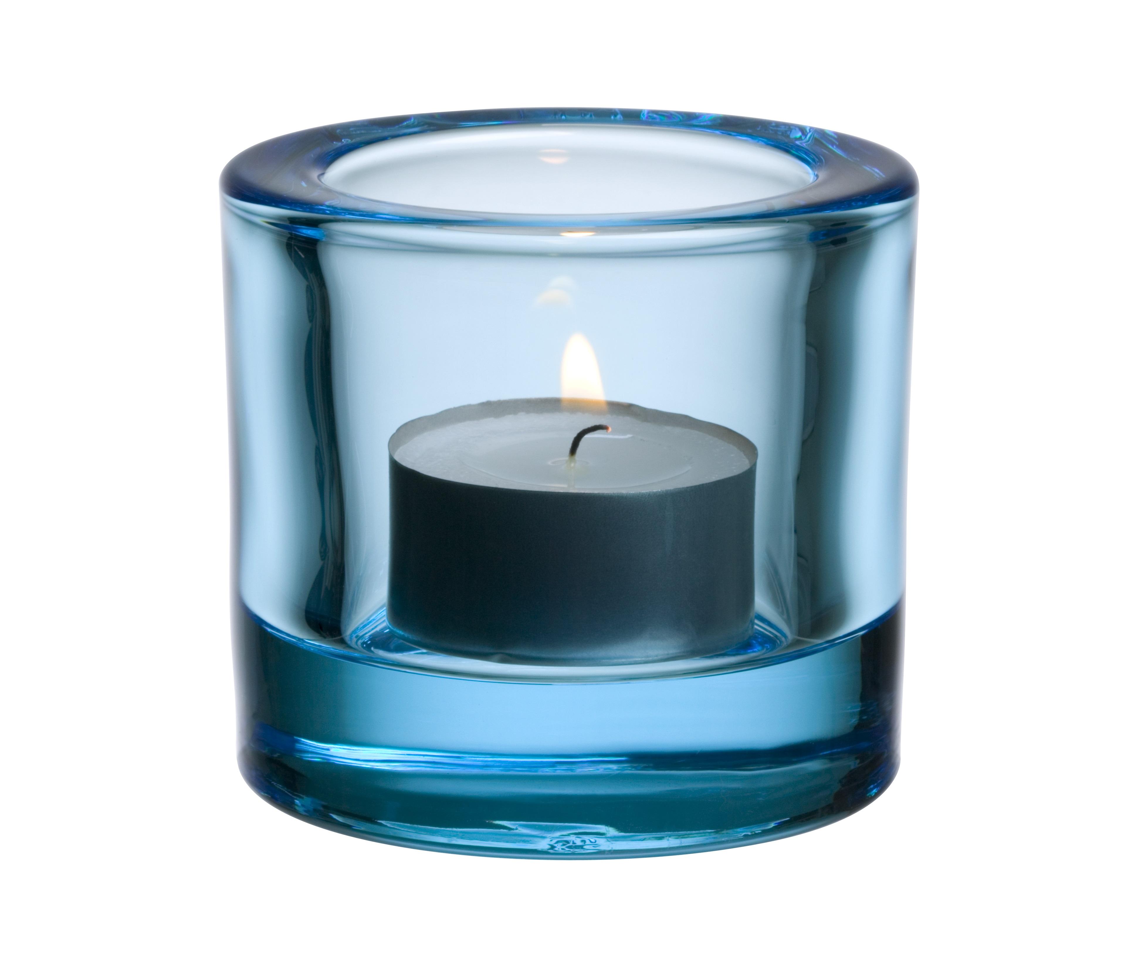 Подсвечник KiviПодсвечники<br>Для создания этих драгоценных хранителей света требуется отличное знание о стекле. Цвет и толщина стекла обогащает и рассеивает свет свечи. Широкая цветовая гамма позволяет создать коктейль из различных цветов, создавая нужное настроение.<br><br>Material: Стекло<br>Length см: None<br>Width см: None<br>Depth см: None<br>Height см: 6<br>Diameter см: 7