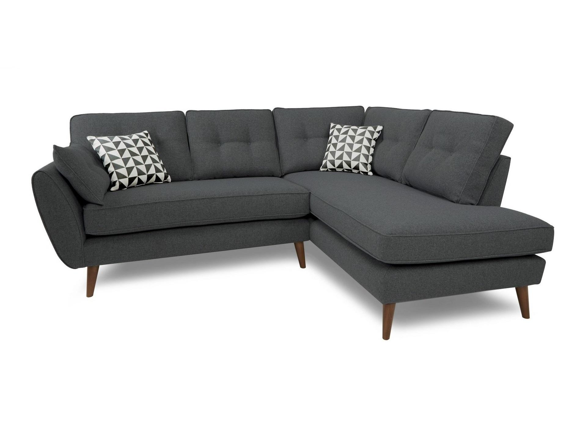 Угловой диван VogueУгловые диваны<br>Современный диван с легким намеком на &amp;quot;ретро&amp;quot; идеально подойдет для городских квартир. У него скругленные подлокотники, упругие подушки и как раз та длина, чтобы вы могли вытянуться в полный рост. &amp;amp;nbsp;Но благодаря высоким ножкам &amp;quot;Vogue&amp;quot; выглядит лаконично и элегантно.&amp;lt;div&amp;gt;&amp;lt;br&amp;gt;&amp;lt;/div&amp;gt;&amp;lt;div&amp;gt;Корпус: фанера, брус&amp;lt;div&amp;gt;Ткань 100% полиэстер, 30-50 000 циклов&amp;lt;/div&amp;gt;&amp;lt;div&amp;gt;Ширина сторон: 227х182 см&amp;lt;/div&amp;gt;&amp;lt;div&amp;gt;Ножки (Дерево)&amp;lt;/div&amp;gt;&amp;lt;div&amp;gt;&amp;lt;span style=&amp;quot;font-weight: 700;&amp;quot;&amp;gt;При заказе уточняйте сторону угла (левый или правый)!&amp;lt;/span&amp;gt;&amp;lt;/div&amp;gt;&amp;lt;div&amp;gt;Еcть возможность изготовления в другом материале обивки&amp;lt;/div&amp;gt;&amp;lt;/div&amp;gt;<br><br>Material: Текстиль<br>Width см: 227<br>Depth см: 182<br>Height см: 88