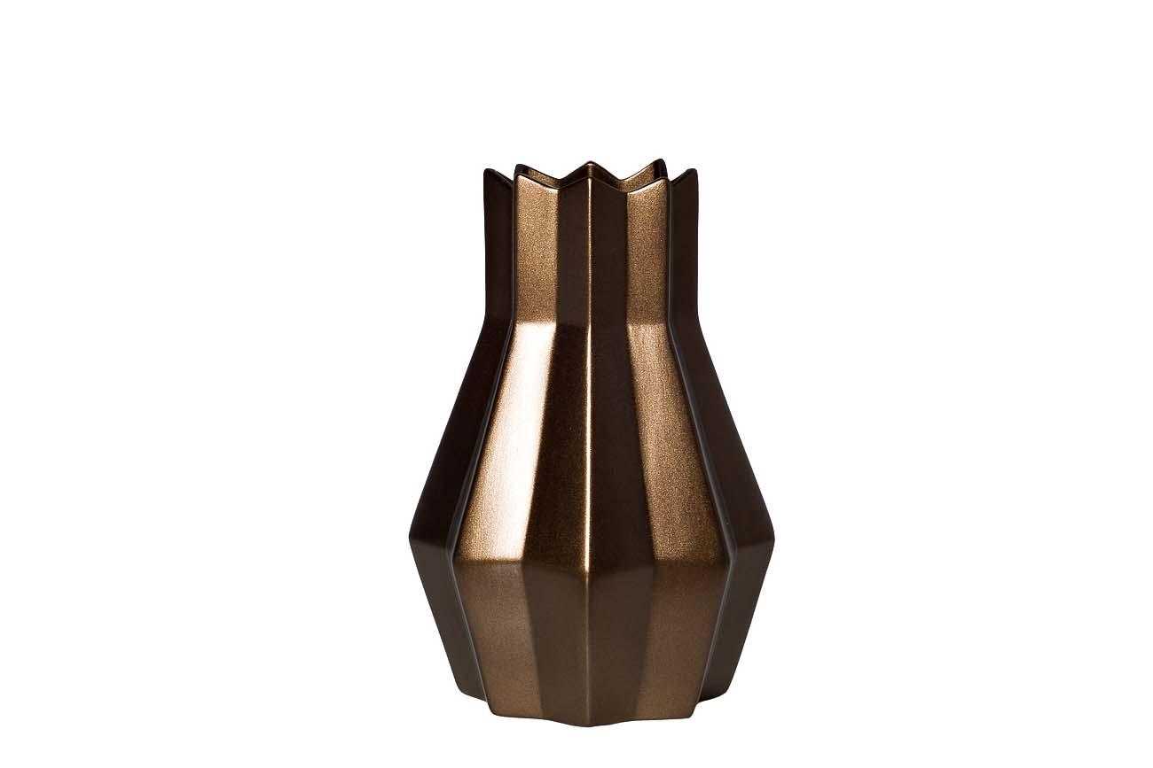 ВазаВазы<br><br><br>Material: Керамика<br>Width см: 22<br>Depth см: 22<br>Height см: 32