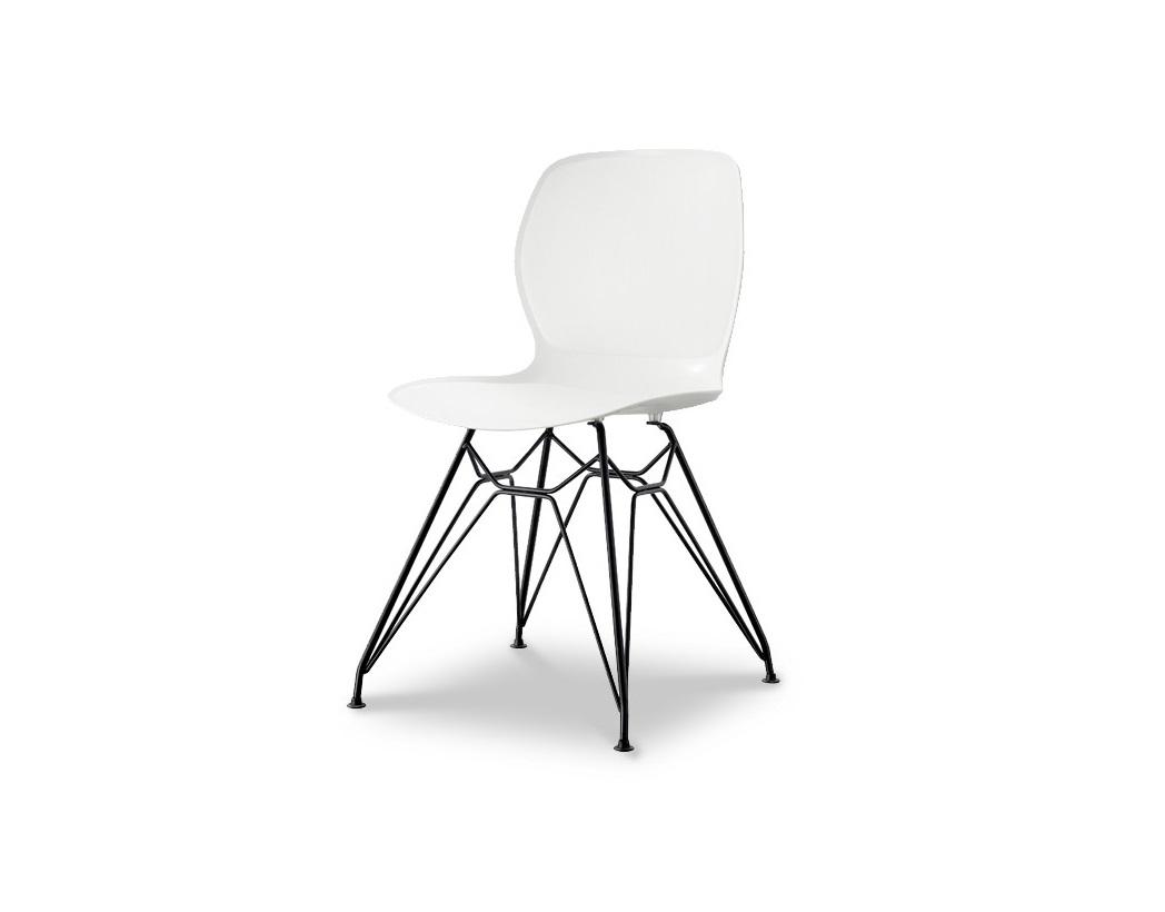 СтулОбеденные стулья<br>Эргономичная спинка и сиденье из высококачественного пластика ABS, ножки из хромированного металла<br><br>Material: Пластик<br>Ширина см: 49<br>Высота см: 82<br>Глубина см: 51