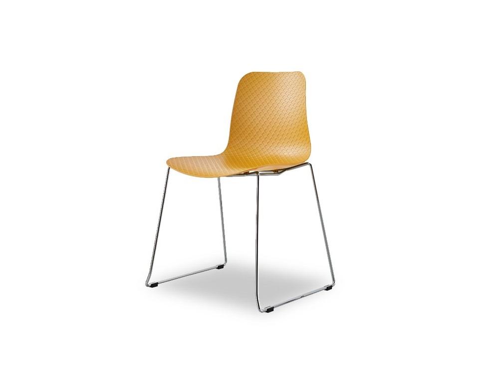 СтулОбеденные стулья<br>Эргономичная спинка и сиденье из высококачественного пластика ABS, ножки из хромированного металла.&amp;amp;nbsp;<br><br>Material: Пластик<br>Width см: 55<br>Depth см: 50<br>Height см: 83