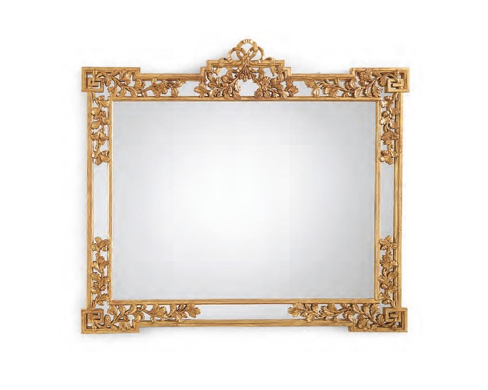 Зеркало ORO VERSAILLESНастенные зеркала<br>Зеркало в деревянной резной раме выполнено в стиле Франции конца XVIII века (правление Людовика XVI). Отделка зеркала ORO VERSAILLES с использованием золотой фольги. Ручная работа лучших мастеров по резьбе. Под заказ возможно около 48 вариантов отделки.<br><br>Material: Дерево<br>Ширина см: 127<br>Высота см: 109