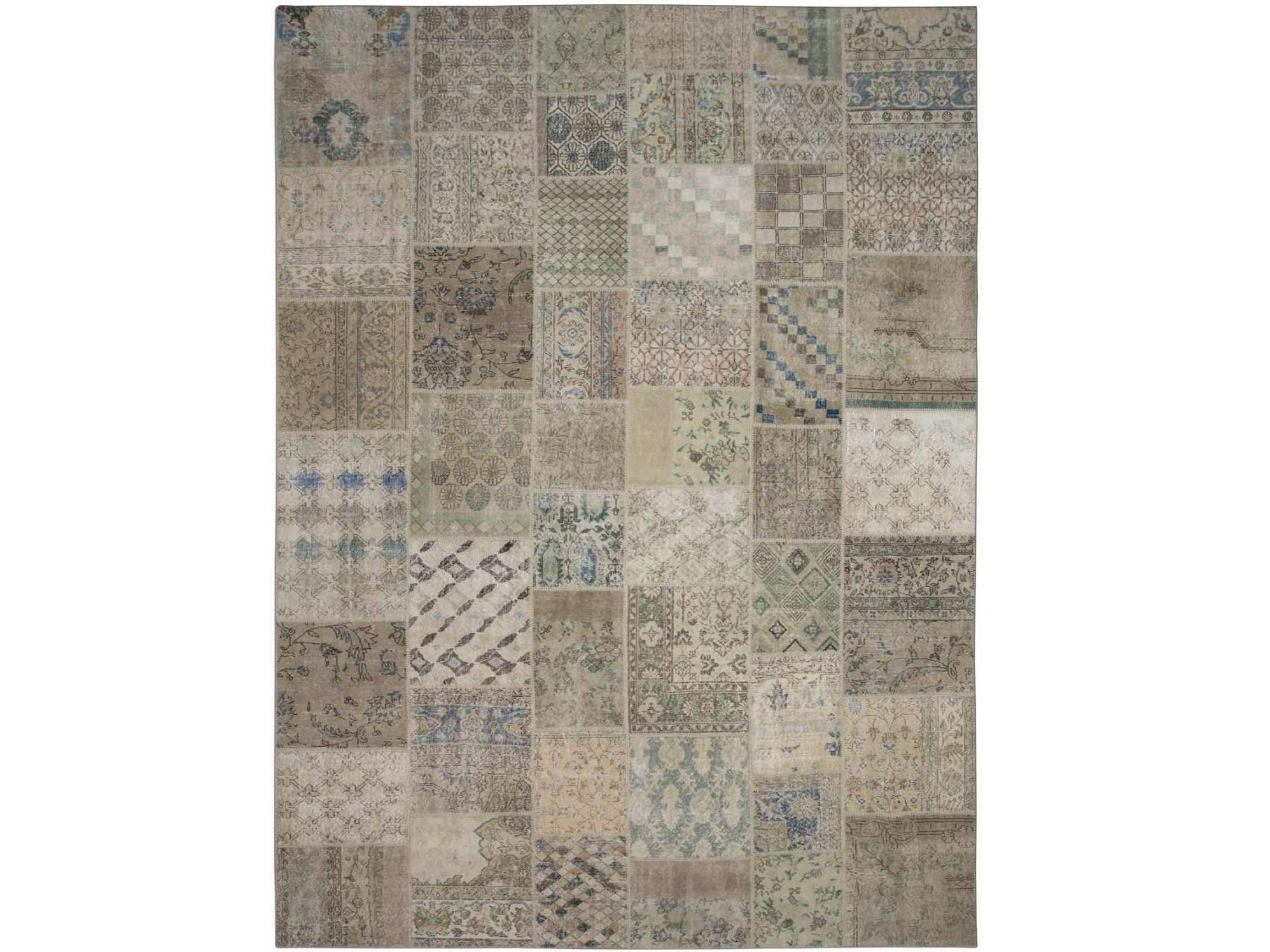 Ковер PatchworkПрямоугольные ковры<br>Винтажный ковер ручной работы в стиле &amp;quot;пэчворк&amp;quot; из 100% шерсти. Ковер прекрасно подходит в любые современные и классические интерьеры, а благодаря толщине ковра всего 5 мм и отсутствию&amp;amp;nbsp; ворса, его легко чистить любыми видами пылесосов. Этот настоящий ковер ручной работы не потеряет своих красок и будет служить десятилетия.<br><br>Material: Шерсть<br>Ширина см: 304<br>Глубина см: 408