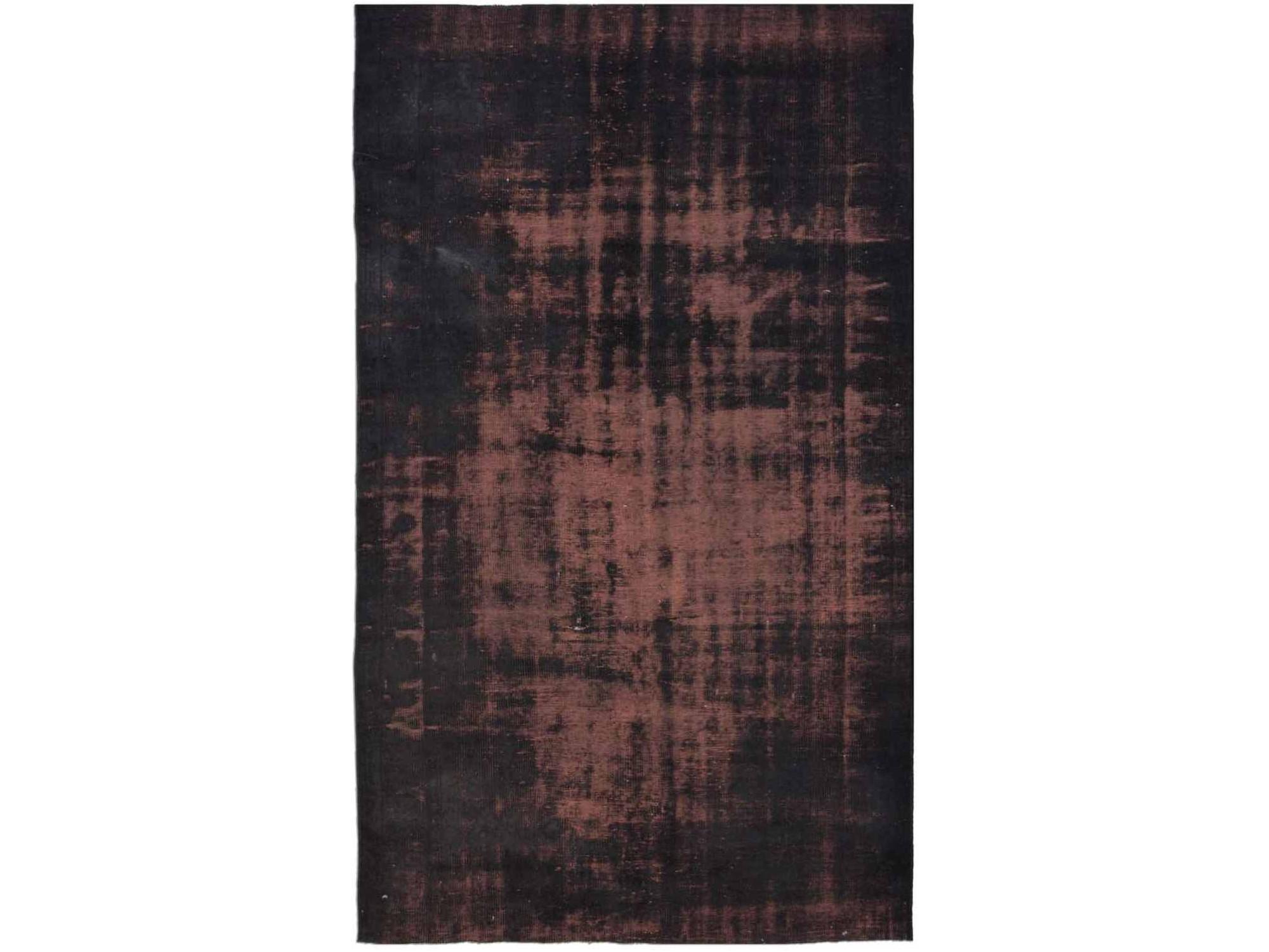 Ковер PatchworkПрямоугольные ковры<br>Винтажный ковер ручной работы в стиле &amp;quot;пэчворк&amp;quot; <br>из 100% шерсти. Ковер прекрасно подходит в <br>любые современные и классические интерьеры, <br>а благодаря толщине ковра всего 5 мм. и отсутствию <br>ворса, его легко чистить любыми видами пылесосов. <br>Этот настоящий ковер ручной работы не потеряет <br>своих красок и будет служить десятилетия.<br><br>Material: Шерсть<br>Ширина см: 182<br>Глубина см: 292