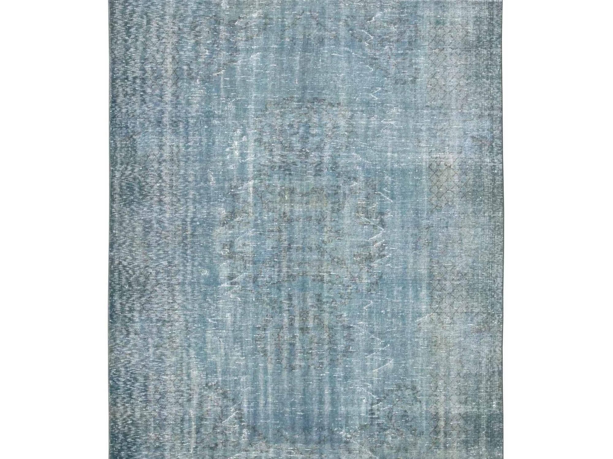 Ковер PatchworkПрямоугольные ковры<br>Винтажный ковер ручной работы в стиле &amp;quot;пэчворк&amp;quot; <br>из 100% шерсти. Ковер прекрасно подходит в <br>любые современные и классические интерьеры, <br>а благодаря толщине ковра всего 5 мм. и отсутствию <br>ворса, его легко чистить любыми видами пылесосов. <br>Этот настоящий ковер ручной работы не потеряет <br>своих красок и будет служить десятилетия.<br><br>Material: Шерсть<br>Ширина см: 200<br>Глубина см: 296