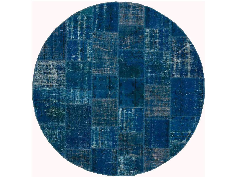 Ковер PatchworkКруглые ковры<br>Винтажный ковер ручной работы в стиле &amp;quot;пэчворк&amp;quot; <br>из 100% шерсти. Ковер прекрасно подходит в <br>любые современные и классические интерьеры, <br>а благодаря толщине ковра всего 5 мм. и отсутствию <br>ворса, его легко чистить любыми видами пылесосов. <br>Этот настоящий ковер ручной работы не потеряет <br>своих красок и будет служить десятилетия.<br><br>Material: Шерсть