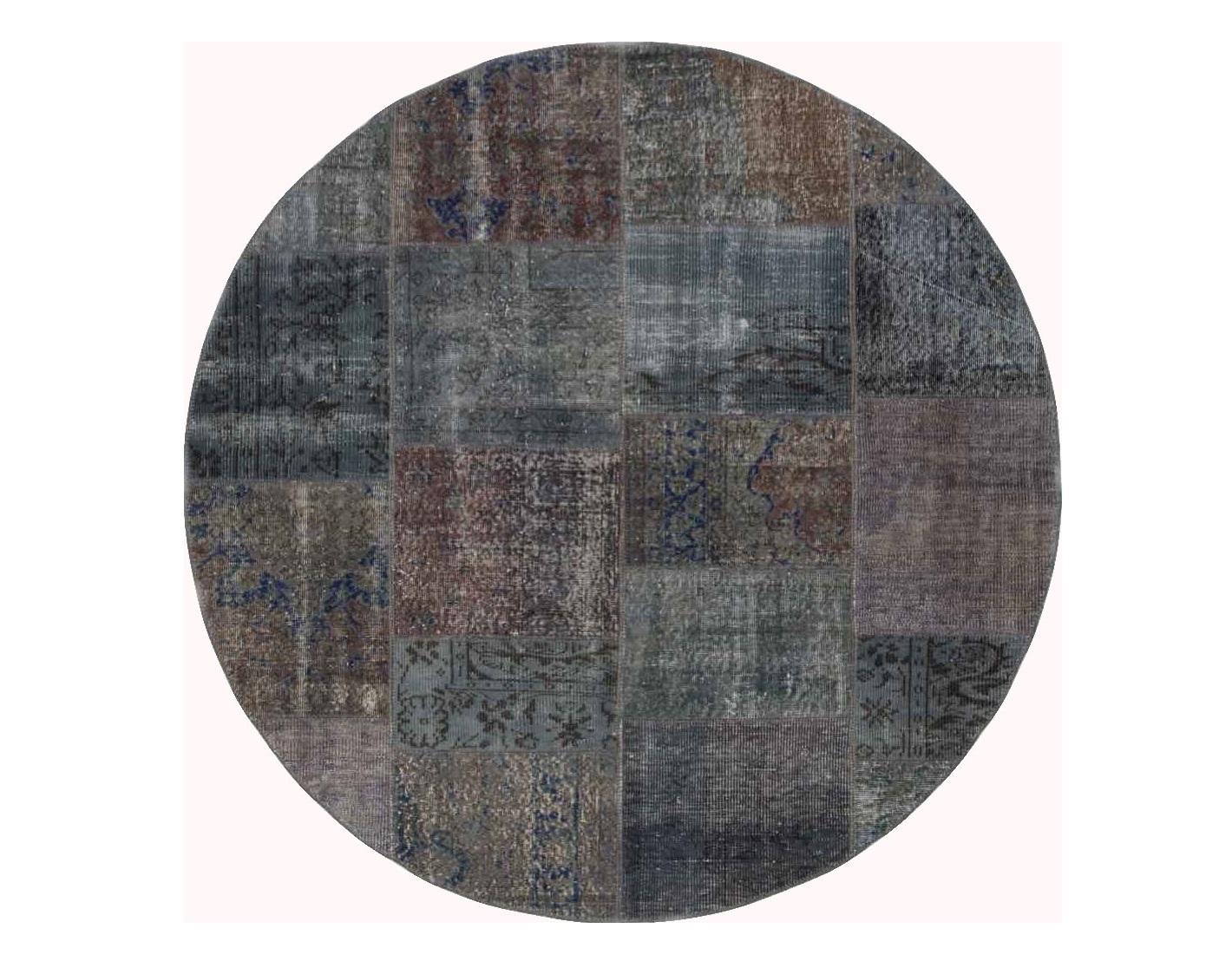 Ковер PatchworkКруглые ковры<br>Винтажный ковер ручной работы в стиле &amp;quot;пэчворк&amp;quot; <br>из 100% шерсти. Ковер прекрасно подходит в <br>любые современные и классические интерьеры, <br>а благодаря толщине ковра всего 5 мм и отсутствию <br>ворса, его легко чистить любыми видами пылесосов. <br>Этот настоящий ковер ручной работы не потеряет <br>своих красок и будет служить десятилетия.<br><br>Material: Шерсть<br>Width см: None<br>Depth см: None<br>Diameter см: 200