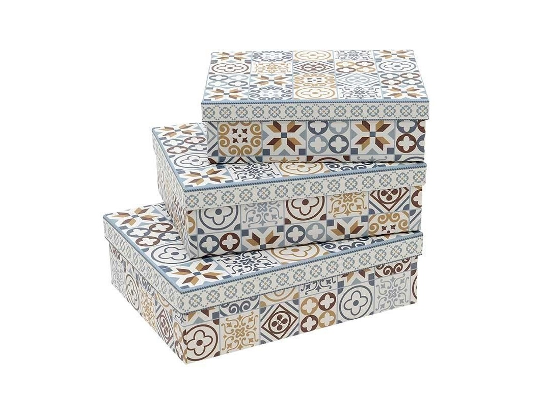 Набор коробок Frema (3 шт)Коробки<br>Размеры:&amp;lt;br&amp;gt;22.5X17.5X7&amp;lt;div&amp;gt;19Х14Х6&amp;lt;/div&amp;gt;&amp;lt;div&amp;gt;16Х12Х5&amp;lt;div&amp;gt;&amp;lt;br&amp;gt;&amp;lt;/div&amp;gt;&amp;lt;/div&amp;gt;<br><br>Material: Картон<br>Ширина см: 22<br>Высота см: 7<br>Глубина см: 17