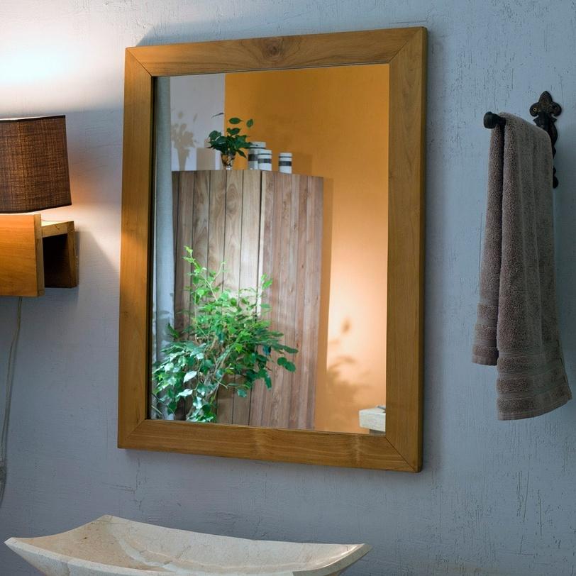 Зеркало Labaule IIНастенные зеркала<br>Зеркало из Индонезии от компании Teak House отлично подходит для оформления ванной комнаты: древесина тика влагоустойчива, поэтому предмет сможет сохранить свой первозданный вид на протяжении многих лет. Большое зеркало отлично впишется в интерьер бани, сауны, ванной комнаты, оформленной с применением натуральных материалов.<br><br>Material: Тик<br>Width см: 70<br>Depth см: 3<br>Height см: 90