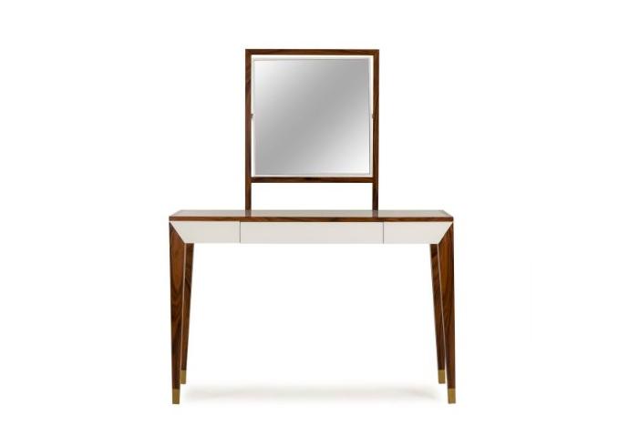 Туалетный столик Draper VanityТуалетные столики<br><br><br>Material: Дерево<br>Width см: 115<br>Depth см: 45<br>Height см: 147