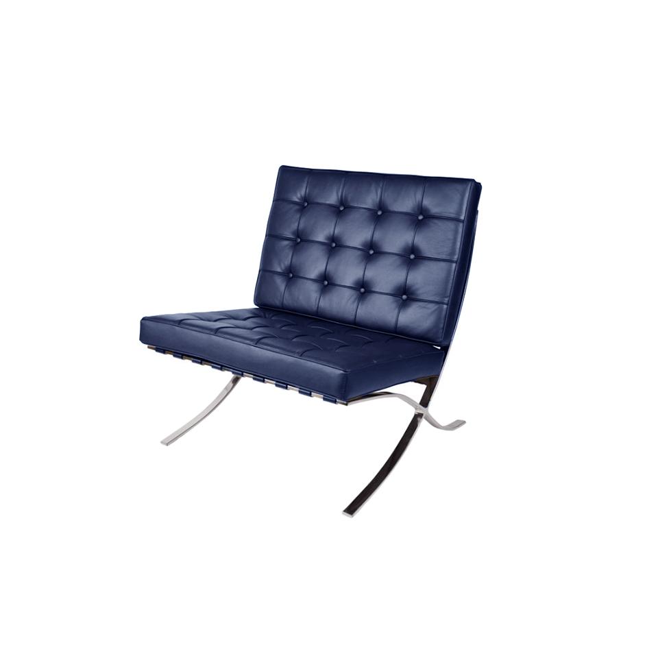 Кресло БарселонаРабочие кресла<br>ROOMERS – это особенная коллекция, воплощение всего самого лучшего, модного и новаторского в мире дизайнерской мебели, предметов декора и стильных аксессуаров.<br>Интерьерные решения от ROOMERS – всегда актуальны, более того, они - на острие моды. Коллекции ROOMERS тщательно отбираются и обновляются дважды в год специально для вас.<br><br>Material: Кожа<br>Width см: 80<br>Depth см: 76<br>Height см: 80