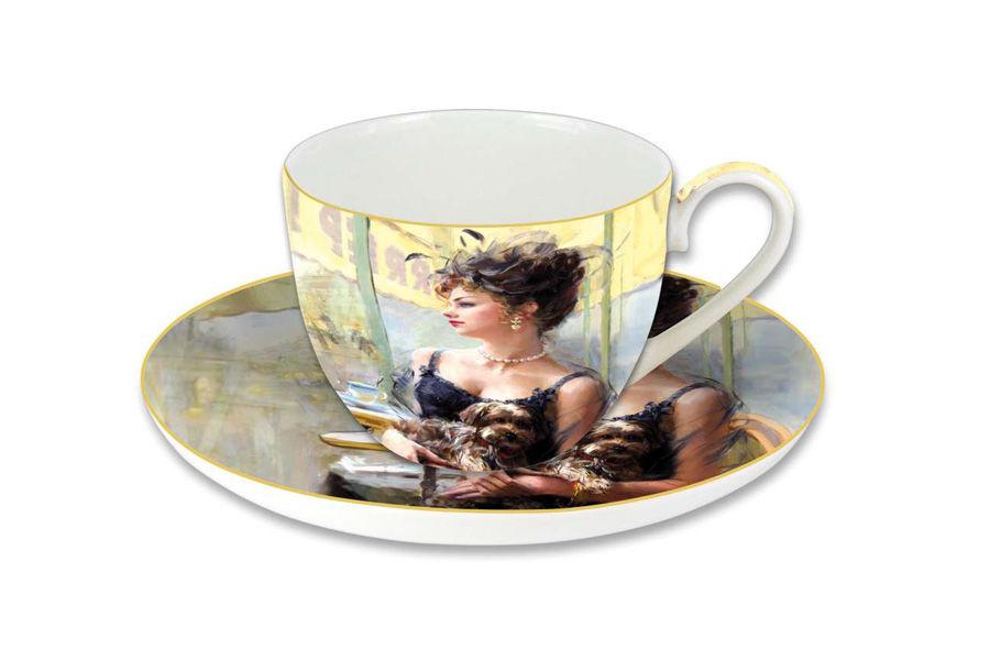 Чашка с блюдцем Дама с собачкойЧайные пары, чашки и кружки<br><br><br>Material: Фарфор