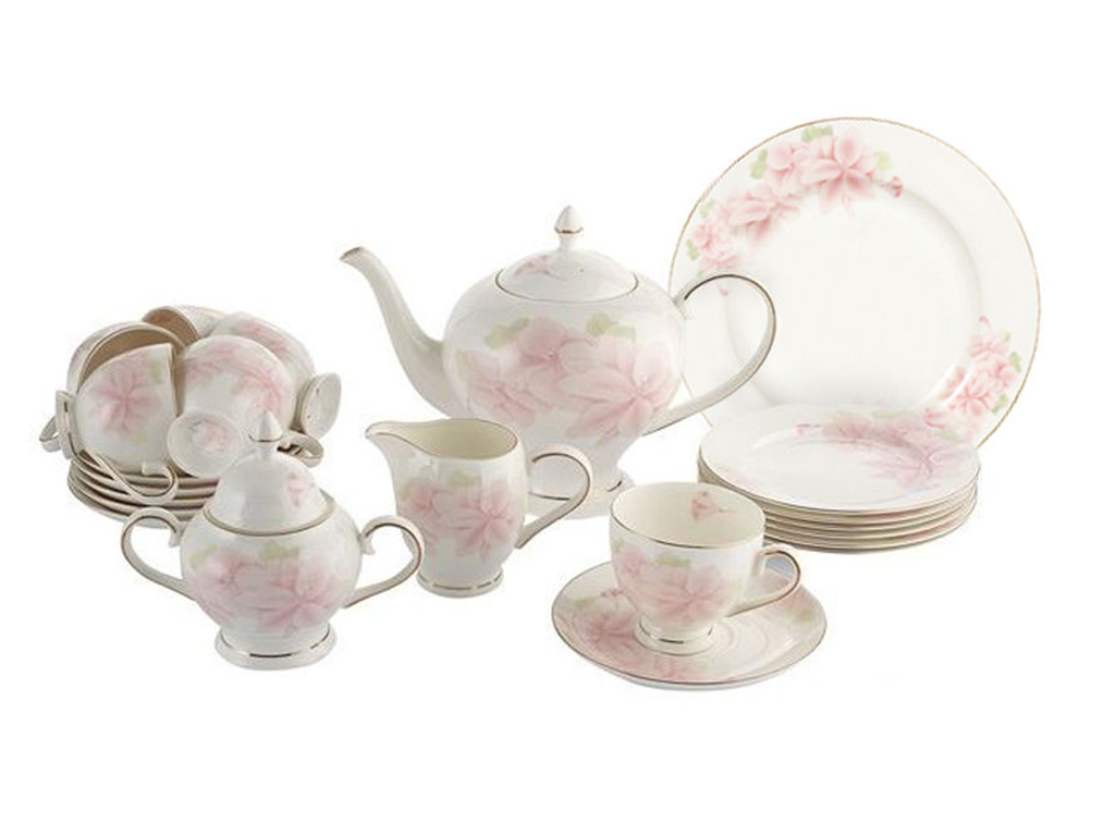 Чайный сервиз  40 предметов на 12 персон Розовые цветыЧайные сервизы<br>&amp;lt;div&amp;gt;12 десерт тарелок 18 см&amp;lt;/div&amp;gt;&amp;lt;div&amp;gt;12 чашек 0,2л&amp;lt;/div&amp;gt;&amp;lt;div&amp;gt;12 блюдец, сливочник 0,3л&amp;lt;/div&amp;gt;&amp;lt;div&amp;gt;чайник1,5л&amp;lt;/div&amp;gt;&amp;lt;div&amp;gt;сахарница 0,35л&amp;lt;/div&amp;gt;&amp;lt;div&amp;gt;блюдо для торта 31см&amp;lt;/div&amp;gt;<br><br>Material: Фарфор