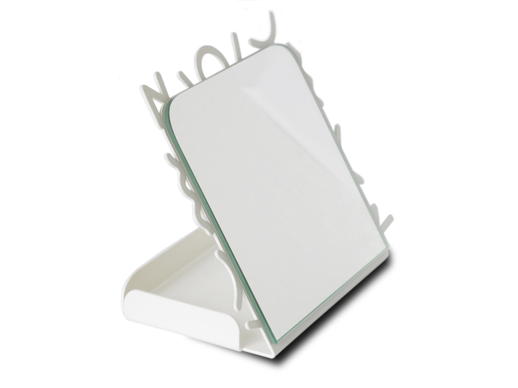 Настольное зеркало Milano80Настольные зеркала<br>Вдохновением для создания настольного зеркала MILANO80 послужило творчество&amp;nbsp;Memphis Group - группы итальянских дизайнеров, которые&amp;nbsp;с 1981 по 1987 год&amp;nbsp;создавали&amp;nbsp;постмодернистскую мебель. Творения&amp;nbsp;Memphis Group&amp;nbsp;характеризовались эфемерным дизайном с красочным орнаментом и асимметричными формами.Настольное зеркало MILANO80 станет неотъемлемым атрибутом <br>Вашего&amp;nbsp;современного интерьера, а также прекрасным подарком для ценителей<br> концептуального декора.<br><br>kit: None<br>gender: None