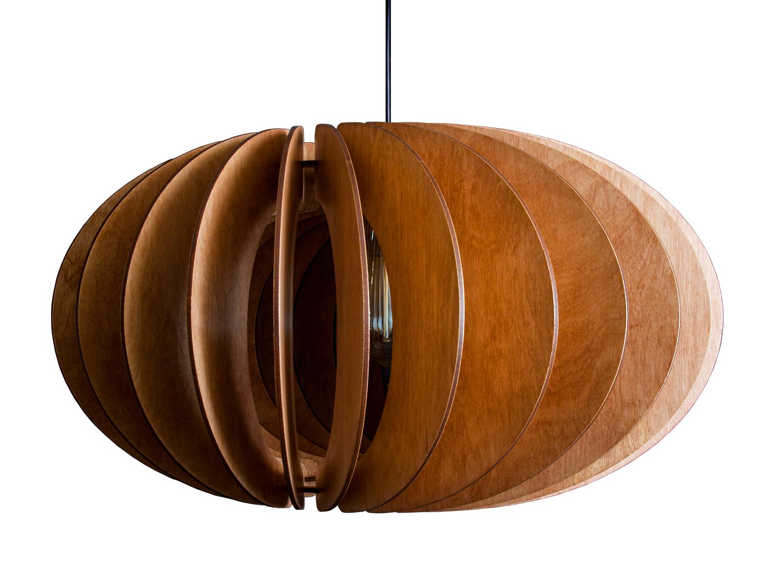 Светильник ЭльзаПодвесные светильники<br>Лампа изготовлена из натуральной березовой фанеры и обработана мебельным воском по английской технологии. Воск переливается, блестит, подчеркивает текстуру дерева и очень устойчив к царапинам. Прекрасно подходит как для классических интерьеров, так и для техно и лофт стилей.&amp;amp;nbsp;&amp;lt;div&amp;gt;Мы рекомендуем использовать светодиодные (LED) лампы, но Вы также можете использовать и классические лампы накаливания и ретро-лампочки Эдисона.&amp;amp;nbsp;&amp;lt;/div&amp;gt;&amp;lt;div&amp;gt;&amp;lt;br&amp;gt;&amp;lt;/div&amp;gt;&amp;lt;div&amp;gt;&amp;lt;div style=&amp;quot;font-size: 14px;&amp;quot;&amp;gt;&amp;lt;span style=&amp;quot;font-size: 14px;&amp;quot;&amp;gt;Тип цоколя: E27&amp;lt;/span&amp;gt;&amp;lt;br&amp;gt;&amp;lt;/div&amp;gt;&amp;lt;div style=&amp;quot;font-size: 14px;&amp;quot;&amp;gt;&amp;lt;div&amp;gt;Мощность: 40W&amp;lt;/div&amp;gt;&amp;lt;div&amp;gt;Кол-во ламп: 1 (нет в комплекте)&amp;lt;/div&amp;gt;&amp;lt;/div&amp;gt;&amp;lt;div style=&amp;quot;font-size: 14px;&amp;quot;&amp;gt;&amp;lt;br&amp;gt;&amp;lt;/div&amp;gt;&amp;lt;div style=&amp;quot;font-size: 14px;&amp;quot;&amp;gt;Длина провода 150 см.&amp;lt;br&amp;gt;&amp;lt;/div&amp;gt;&amp;lt;div style=&amp;quot;font-size: 14px;&amp;quot;&amp;gt;&amp;lt;span style=&amp;quot;font-size: 14px;&amp;quot;&amp;gt;Не рекомендуется использование лампы мощнее 60 Вт.&amp;lt;/span&amp;gt;&amp;lt;/div&amp;gt;&amp;lt;/div&amp;gt;<br><br>Material: Дерево<br>Высота см: 22