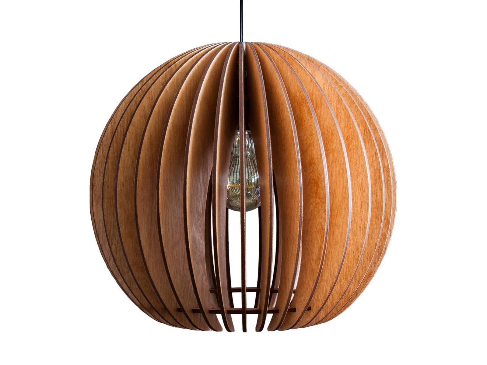 Светильник СфераПодвесные светильники<br>Классический шар подходит для любых пространств. Лампа изготовлена из натуральной березовой фанеры и обработана мебельным воском по английской технологии. Воск переливается, блестит, подчеркивает текстуру дерева и очень устойчив к царапинам. Прекрасно подходит как для классических интерьеров, так и для техно и лофт стилей.&amp;amp;nbsp;&amp;lt;div&amp;gt;Мы рекомендуем использовать светодиодные (LED) лампы, но вы также можете использовать и классические лампы накаливания и ретро-лампочки Эдисона.&amp;lt;/div&amp;gt;&amp;lt;div&amp;gt;&amp;lt;br&amp;gt;&amp;lt;/div&amp;gt;&amp;lt;div&amp;gt;&amp;lt;div style=&amp;quot;font-size: 14px;&amp;quot;&amp;gt;&amp;lt;span style=&amp;quot;font-size: 14px;&amp;quot;&amp;gt;Тип цоколя: E27&amp;lt;/span&amp;gt;&amp;lt;br&amp;gt;&amp;lt;/div&amp;gt;&amp;lt;div style=&amp;quot;font-size: 14px;&amp;quot;&amp;gt;&amp;lt;div&amp;gt;Мощность: 40W&amp;lt;/div&amp;gt;&amp;lt;div&amp;gt;Кол-во ламп: 1 (нет в комплекте)&amp;lt;/div&amp;gt;&amp;lt;/div&amp;gt;&amp;lt;div style=&amp;quot;font-size: 14px;&amp;quot;&amp;gt;&amp;lt;br&amp;gt;&amp;lt;/div&amp;gt;&amp;lt;div style=&amp;quot;font-size: 14px;&amp;quot;&amp;gt;Длина провода 150 см.&amp;lt;br&amp;gt;&amp;lt;/div&amp;gt;&amp;lt;div style=&amp;quot;font-size: 14px;&amp;quot;&amp;gt;&amp;lt;span style=&amp;quot;font-size: 14px;&amp;quot;&amp;gt;Не рекомендуется использование лампы мощнее 60 Вт.&amp;lt;/span&amp;gt;&amp;lt;/div&amp;gt;&amp;lt;/div&amp;gt;<br><br>Material: Дерево<br>Высота см: 34