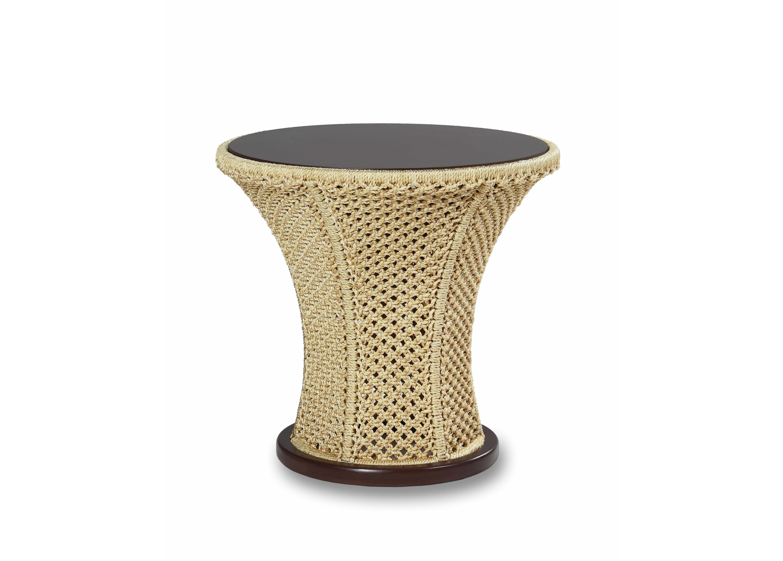 Столик ФлораСтолы и столики для сада<br>Металлический каркас, ручное плетение из полиамидной нити, деревянный обклад.<br><br>Material: Текстиль<br>Height см: 80<br>Diameter см: 80