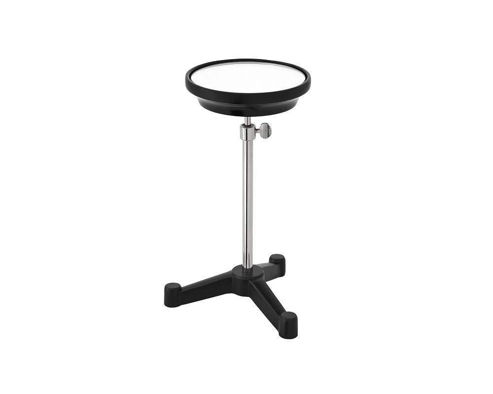 Столик Standard DeltaПриставные столики<br>Декоративный столик &amp;quot;Standard Delta&amp;quot; на основании из металла черного цвета. Ножка из никелированного металла, высота регулируется от 27 до 45 см. Столешница из зеркального стекла диаметром 14 см.<br><br>Material: Металл<br>Ширина см: 17<br>Высота см: 27<br>Глубина см: 17
