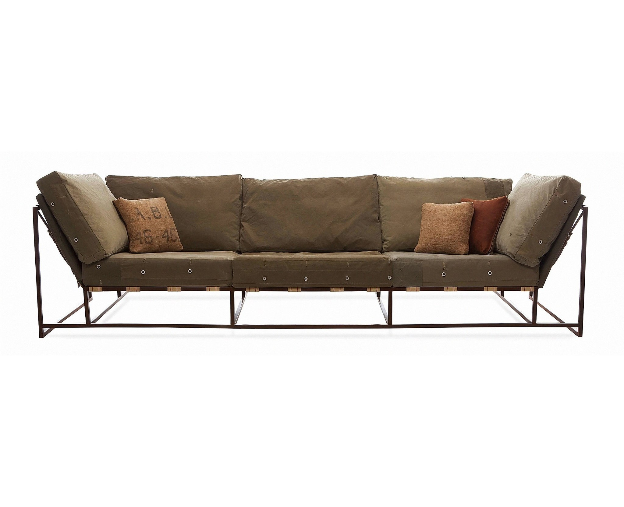 Трехместный диван МилитариТрехместные диваны<br>&amp;lt;div&amp;gt;Трехместный диван линейки &amp;quot;Милитари&amp;quot; изготовлен из натуральных и экологически чистых материалов - натуральной кожи. За счет изменения цвета каркаса и оттенка кожи диваны линейки &amp;quot;Милитари&amp;quot; гармонично впишутся в любой интерьер и подчеркнут Ваш великолепный вкус.&amp;lt;/div&amp;gt;&amp;lt;div&amp;gt;&amp;lt;br&amp;gt;&amp;lt;/div&amp;gt;&amp;lt;div&amp;gt;В комплект входят 8 подушек.&amp;lt;/div&amp;gt;&amp;lt;div&amp;gt;Металлокаркас,16 ремней.&amp;lt;/div&amp;gt;<br><br>Material: Текстиль<br>Ширина см: 264<br>Высота см: 76<br>Глубина см: 92