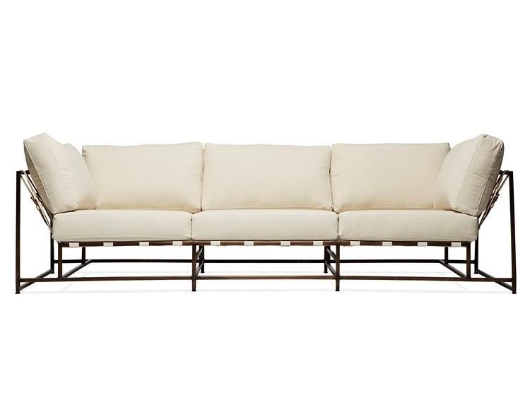 Трехместный диван КомфортДиваны четырехместные и более<br>&amp;lt;div&amp;gt;Комфорт и качество – это главные критерии при изготовлении мебели фабрики &amp;quot;The_Sofa&amp;quot;. Диваны и кресла линейки &amp;quot;Комфорт&amp;quot; удобны и просты в эксплуатации, изготовлены из натуральных материалов. Исключительно ручная работа на всех этапах производства. Простота конструкции дивана, выполненного в стиле лофт, делает его не только привлекательным на вид, но и очень надежным, исключает неудобства при уборке в помещении, и позволяет с легкостью удалять скапливающуюся под ним пыль. Поддерживающие ремни выполнены из высококачественной, износостойкой, ременной, натуральной кожи. Наши диваны и кресла существенно легки, по сравнению с любыми другими диванами и креслами, такой же посадки (двух, трёх местными), что позволяет без труда перемещать их, в случае необходимости.&amp;amp;nbsp;&amp;lt;/div&amp;gt;&amp;lt;div&amp;gt;&amp;lt;br&amp;gt;&amp;lt;/div&amp;gt;&amp;lt;div&amp;gt;Металлическая рама окрашивается порошковым составом и имеет матовое покрытие. Обволакивающая спинка для дополнительной поддержки спины. Обивка изготовлена из высокопрочного и износостойкого материала. Каждый диван проходит несколько ступеней проверки качества, перед отправкой покупателю. Современный дизайн и не обычная конструкция, подчеркнет ваш изысканный вкус и чувство стиля, а возможность применять абсолютно любые цвета обивки, разнообразный материал обивки и возможность изменения цвета каркаса, позволит гармонично вписать продукцию &amp;quot;The_Sofa&amp;quot; в абсолютно любой интерьер.&amp;amp;nbsp;&amp;lt;/div&amp;gt;&amp;lt;div&amp;gt;&amp;lt;br&amp;gt;&amp;lt;/div&amp;gt;&amp;lt;div&amp;gt;В комплект входят 8 подушек, металлокаркас, 20 ремней.&amp;lt;/div&amp;gt;<br><br>Material: Металл<br>Ширина см: 263<br>Высота см: 63<br>Глубина см: 90