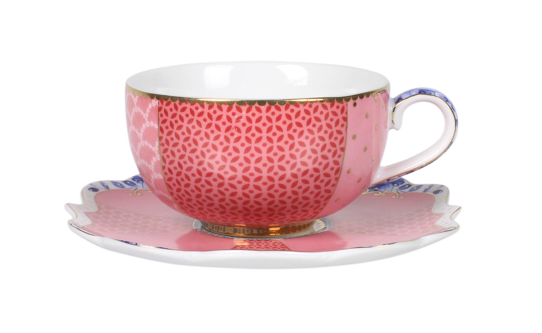 Набор маленьких чашек с блюдцами Royal (2шт)Чайные пары, чашки и кружки<br>Объём 125 мл. Не использовать в микроволновой печи. Не рекомендуется мыть в посудомоечной машине.<br><br>Material: Фарфор<br>Высота см: 4