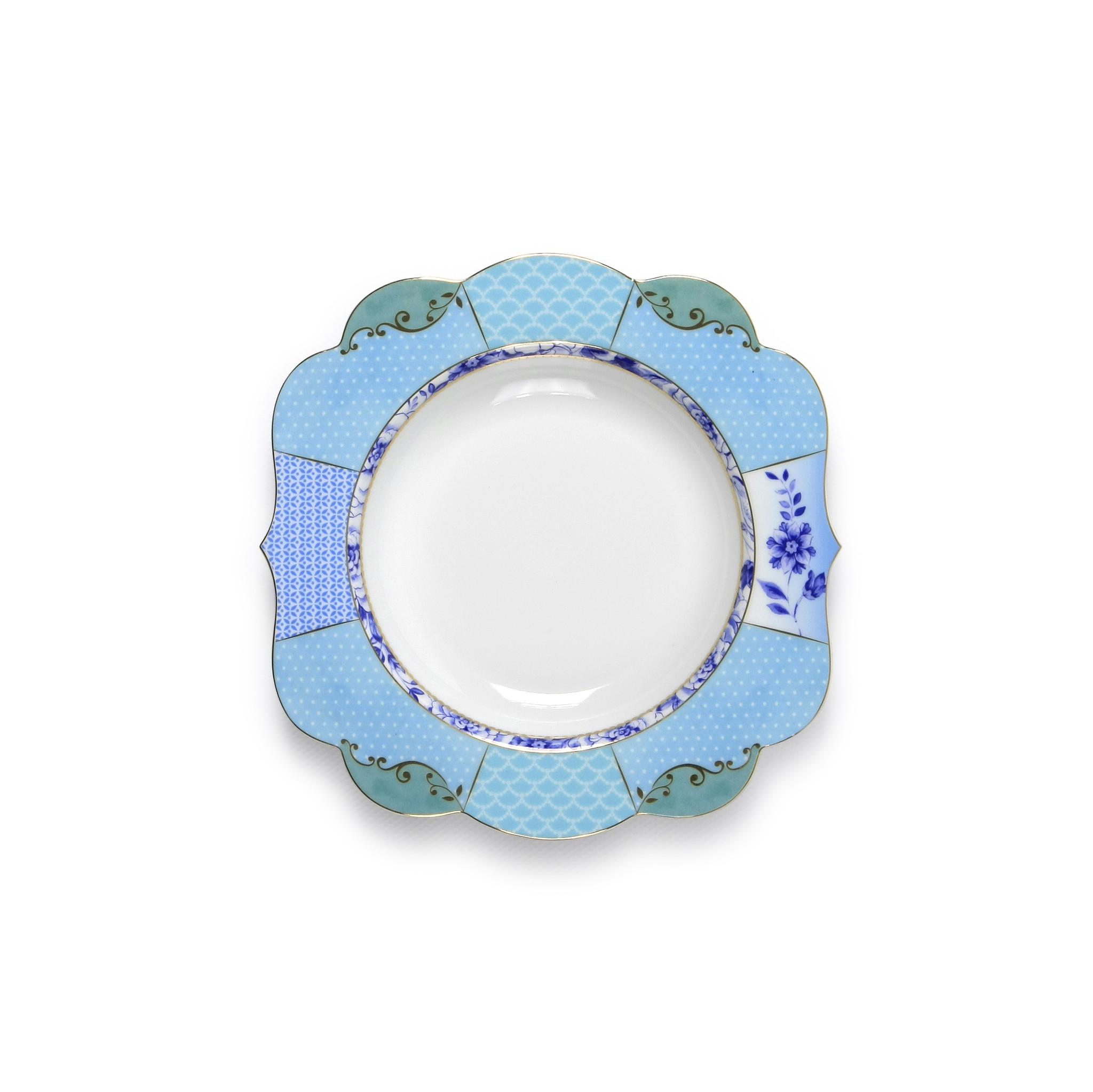 Набор глубоких тарелок Royal (2шт)Тарелки<br>Коллекция посуды Royal появилась в 2014 г. и отличается необычной формой и изысканным фарфором. Декор посуды включает в себя исторические мотивы - винтажные цветы, синие бутоны, ветви и золото. При создании коллекции были использованы самые современные печатные техники, которые позволили воплотить в жизнь изысканные винтажные принты. Коллекция Royal - это новая современная классика. Коллекция Royal идеально сочетается с предметами из коллекции Royal White. Коллекция представляет гармоничное сочетание винтажа и современных тенденций. &amp;lt;div&amp;gt;&amp;lt;br&amp;gt;&amp;lt;/div&amp;gt;&amp;lt;div&amp;gt;&amp;lt;span style=&amp;quot;font-size: 14px;&amp;quot;&amp;gt;Не использовать в микроволновой печи. Не рекомендуется мыть в посудомоечной машине.&amp;amp;nbsp;&amp;lt;/span&amp;gt;&amp;lt;br&amp;gt;&amp;lt;/div&amp;gt;<br><br>Material: Фарфор<br>Высота см: 2