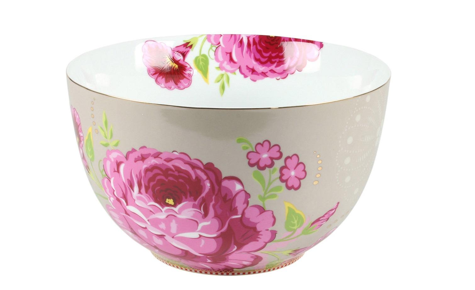 Большая пиала FloralМиски и чаши<br>Коллекция посуды Floral появилась в 2008 г. и состоит из нескольких дизайнов, которые прекрасно сочетаются между собой и отлично дополняют друг друга. Особенность коллекции - в декорировании цветами, птицами и позолотой на всех предметах. Коллекция состоит из трёх цветовых групп - розовой, хаки и голубой, которые можно бесконечно комбинировать между собой. Коллекция также включает в себя кухонный текстиль и стекло.&amp;lt;div&amp;gt;&amp;lt;br&amp;gt;&amp;lt;/div&amp;gt;&amp;lt;div&amp;gt;&amp;lt;span style=&amp;quot;font-size: 14px;&amp;quot;&amp;gt;Не использовать в микроволновой печи. Не рекомендуется мыть в посудомоечной машине.&amp;amp;nbsp;&amp;lt;/span&amp;gt;&amp;lt;br&amp;gt;&amp;lt;/div&amp;gt;<br><br>Material: Фарфор