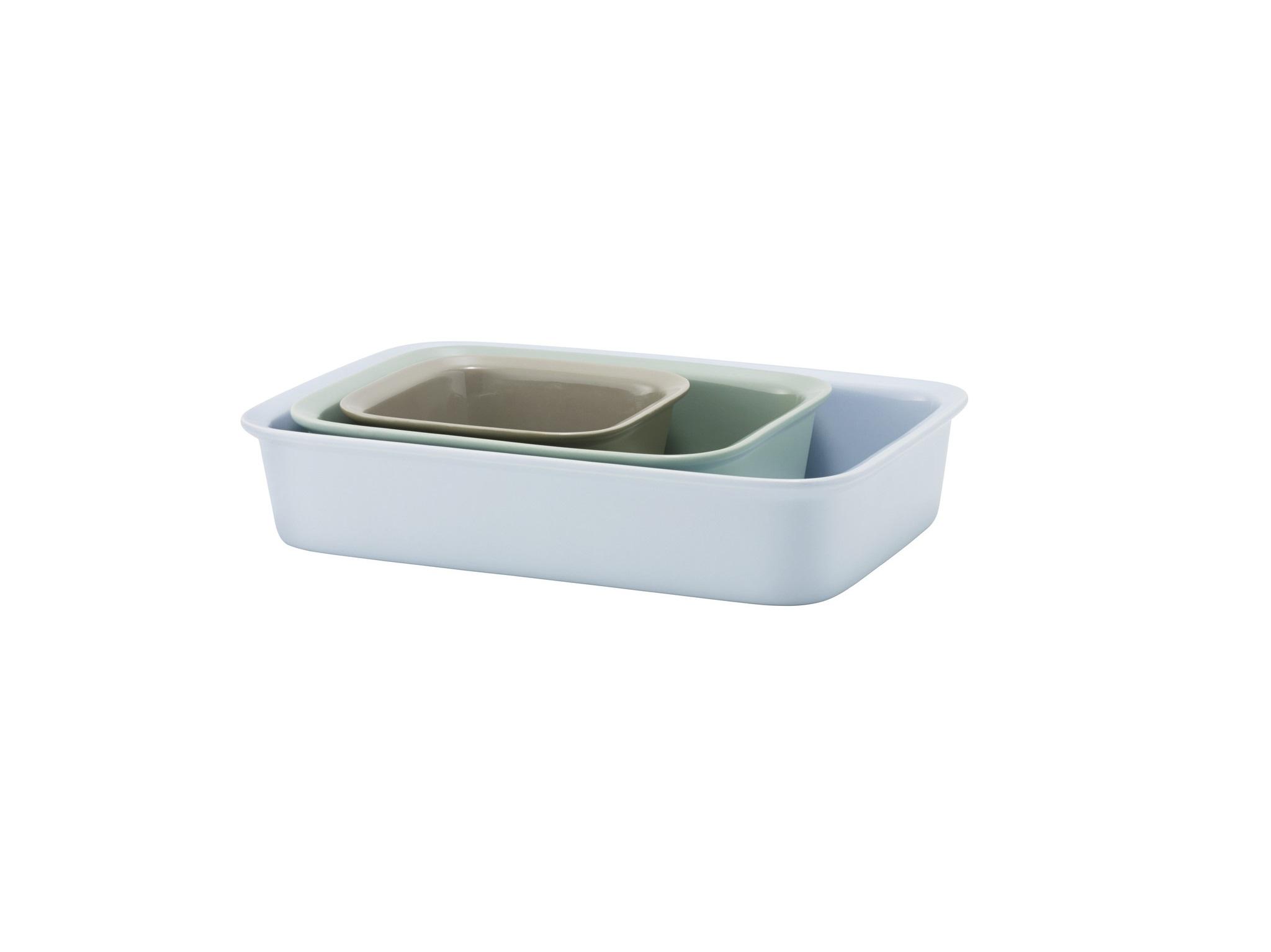 Набор блюд для запекания COOK &amp; SERVE (3шт)Декоративные блюда<br>Набор из трех блюд для запекания предлагает на выбор размер блюда на любой случай. Маленькое подходит для закусок или подачи блюд, а большое для чего угодно от лазаньи и запеченных овощей до домашнего пирога. У блюд приятная матовая внешняя поверхность, внутренняя поверхность - глянцевая (для удобства мытья).&amp;lt;div&amp;gt;&amp;lt;br&amp;gt;&amp;lt;/div&amp;gt;&amp;lt;div&amp;gt;&amp;lt;span style=&amp;quot;font-size: 14px;&amp;quot;&amp;gt;Размеры: большое: длина 34,5, ширина 24,5, высота 7; среднее: высота 7, длина 25,8, ширина 19; маленькое: высота 7, ширина 16, длина 16.&amp;amp;nbsp;&amp;lt;/span&amp;gt;&amp;lt;br&amp;gt;&amp;lt;/div&amp;gt;<br><br>Material: Керамика<br>Ширина см: 34<br>Высота см: 7<br>Глубина см: 24