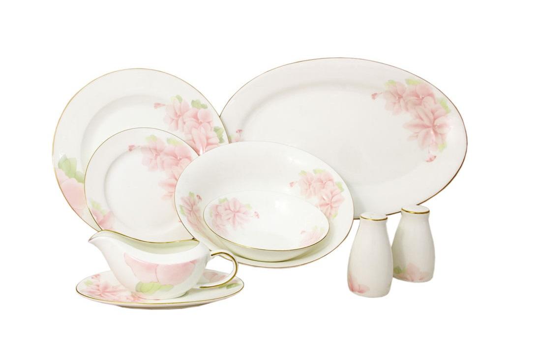 Обеденный сервиз 50 предметов на 12 персон Розовые цветыСтоловые сервизы<br><br><br>Material: Фарфор