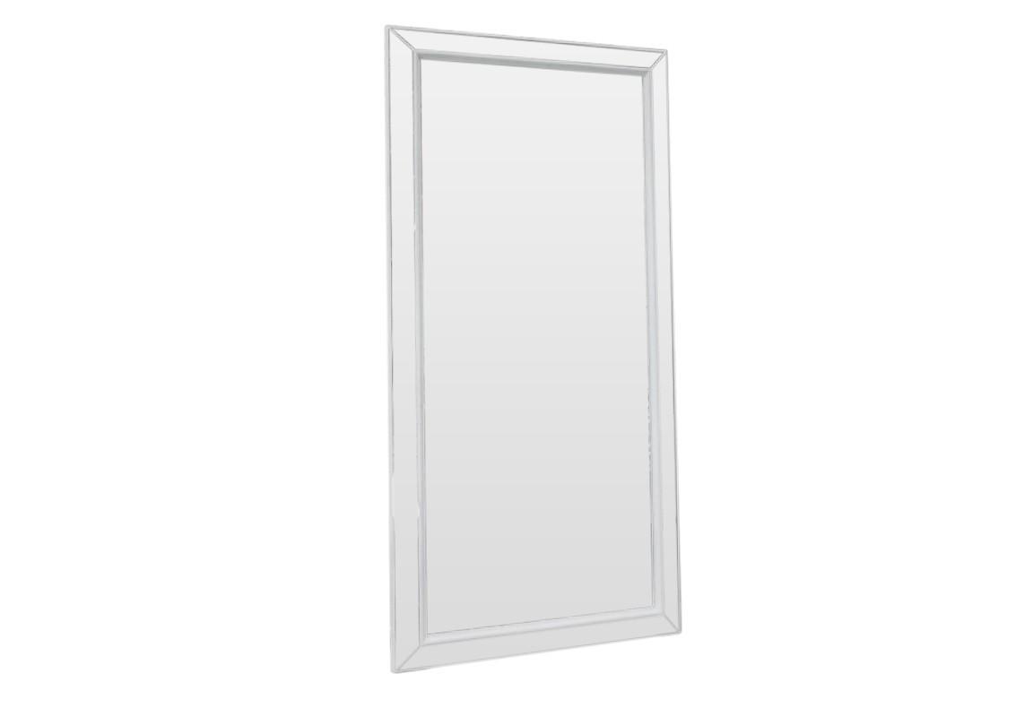 Зеркало ЗазеркальеНастенные зеркала<br>Нежно-белый цвет этого зеркала, изготовленного в нашей мастерской, делают его непременным атрибутом во всех интерьерах, придерживающихся спокойных и умиротворяющих тонов. Особенно гармонично зеркало смотрится в стиле прованс.<br><br>Material: Дерево<br>Ширина см: 75<br>Высота см: 150<br>Глубина см: 4