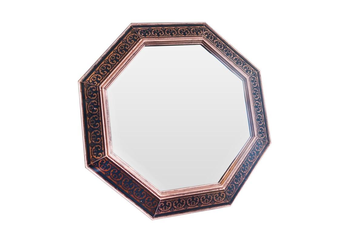 Зеркало AppiusНастенные зеркала<br>Эксклюзивное зеркало ручной работы выполнено в форме роскошного бриллианта. Над его созданием кропотливо трудились руки наших искусных мастеров, которые старательно отбирали лучшие орнаменты для рам в старинных книгах по архитектуре. Зеркало идеально дополнит пространство прихожей, а также станет центральным элементом в оформлении гостиной или спальни хозяев дома.<br><br>kit: None<br>gender: None