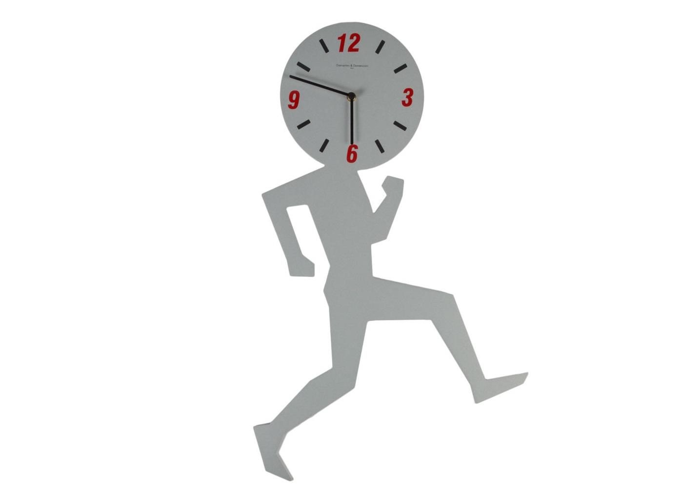 Часы настенные UominoНастенные часы<br>Кварцевый механизм<br><br>Material: Алюминий<br>Ширина см: 42<br>Высота см: 67<br>Глубина см: 2
