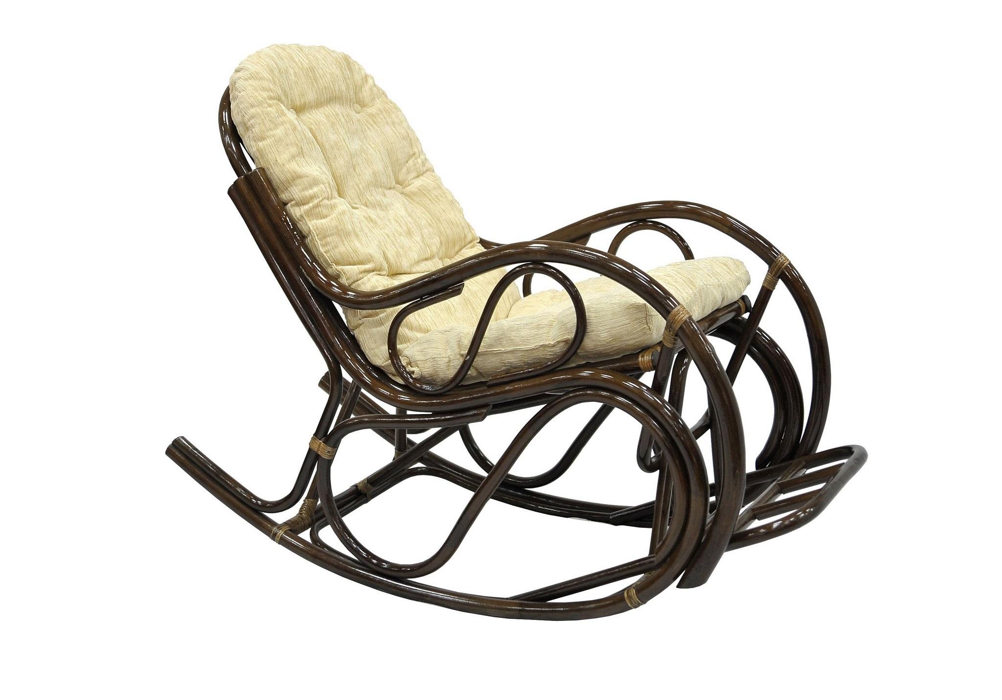 Кресло-качалка с подножкойКресла для сада<br>Классическое плетеное кресло-качалка из ротанга - подарит вам удивительное ощущение спокойствия и безмятежности. Ротанг является гибким и прочным растением, что позволяет креслу-качалке из ротанга выдерживать большой вес, оставаясь при этом удивительно легким.&amp;amp;nbsp;&amp;lt;div&amp;gt;&amp;lt;br&amp;gt;&amp;lt;/div&amp;gt;&amp;lt;div&amp;gt;Цвет: браун (коричневый)&amp;lt;/div&amp;gt;&amp;lt;div&amp;gt;Материал подушки: шенилл&amp;lt;/div&amp;gt;&amp;lt;div&amp;gt;Особенности:  с подножкой&amp;lt;/div&amp;gt;&amp;lt;div&amp;gt;Вес, кг:  15&amp;lt;/div&amp;gt;&amp;lt;div&amp;gt;Выдерживаемая нагрузка, кг:  120&amp;lt;/div&amp;gt;<br><br>Material: Ротанг<br>Ширина см: 56<br>Высота см: 93<br>Глубина см: 117