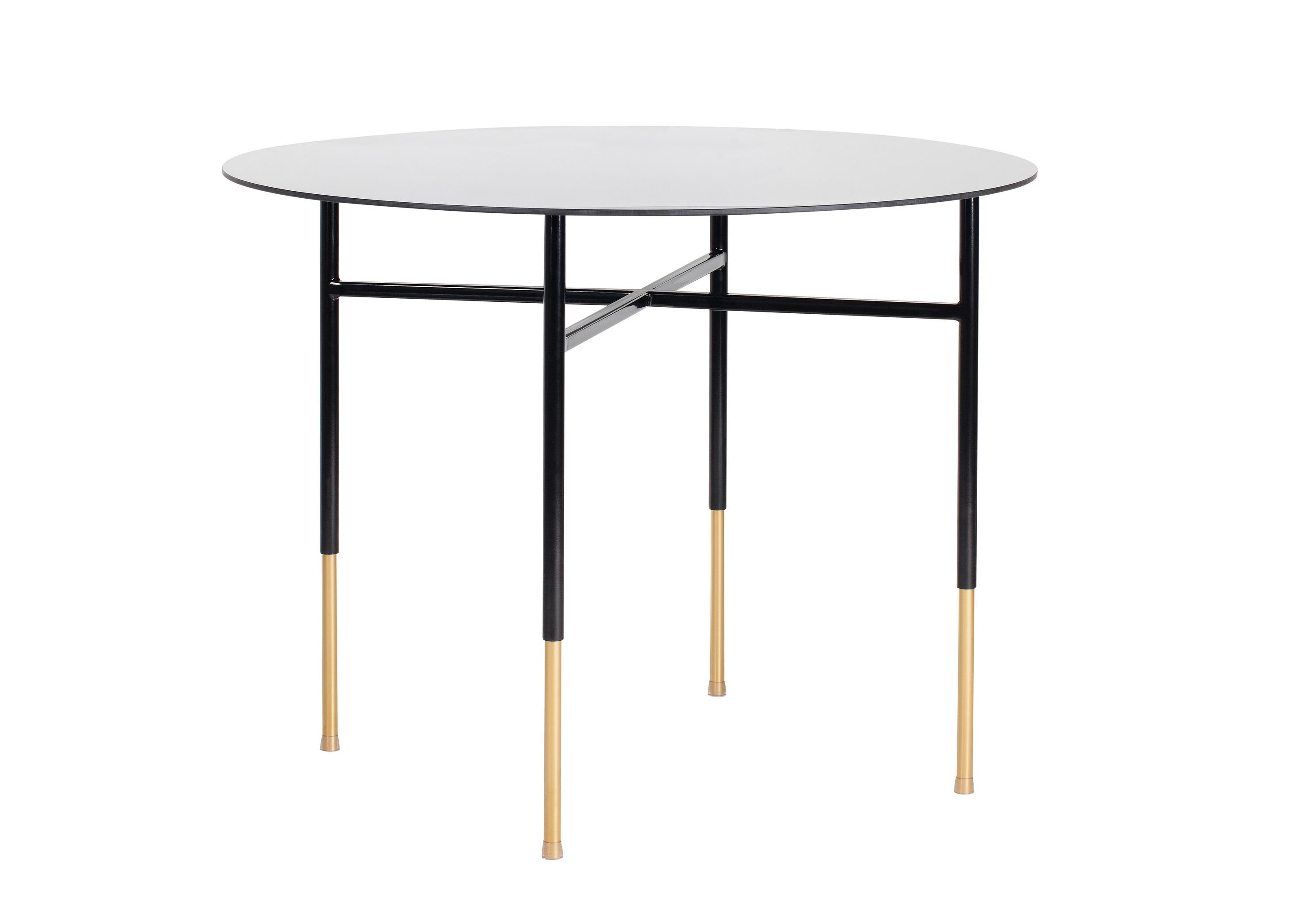 СтолОбеденные столы<br>Круглый стол — отличный выбор для дружной семьи и радушных хозяев. Круг символизирует законченность, совершенство и бесконечность. Стеклянная столешница сама по себе является украшением, ее нет необходимости прикрывать скатертью. Особого шика столу придает необычное покрытие ножек — строгий, лаконичный черный переходит в роскошный золотой. Такая отделка разбивает скучность простой формы, создавая поистине уникальный предмет интерьера. Металлические детали стола обработаны порошковой краской методом напыления и декоративным финишем, благодаря чему цвет получается глубоким и стойким. Данная технология обеспечивает высокую прочность поверхности и способна придать золотому покрытию красивый оттенок.&amp;amp;nbsp;<br><br>Material: Металл<br>Ширина см: 100.0<br>Высота см: 75.0<br>Глубина см: 100.0