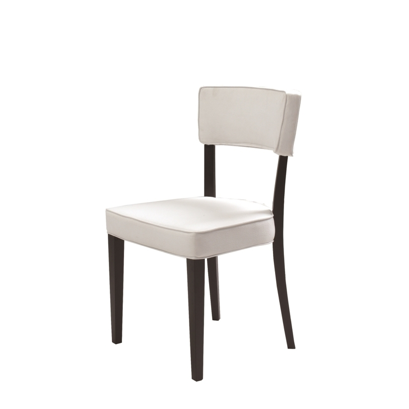 Стул DINING CHAIRОбеденные стулья<br>Каркас стула изготовлен из дерева, обивка – кожа.<br><br>Material: Кожа<br>Length см: None<br>Width см: 51<br>Depth см: 52<br>Height см: 88