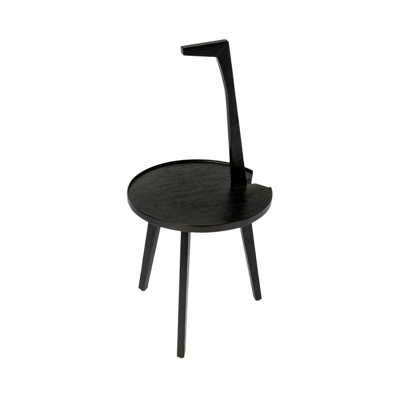 Стол COFFEE TABLEПриставные столики<br>Изящный минималистичный столик, над его дизайном работали итальянские мастера. Столешница по форме напоминает палитру, а столик целиком — жирафа.<br><br>Material: Дерево<br>Length см: None<br>Width см: 38<br>Depth см: 41<br>Height см: 80