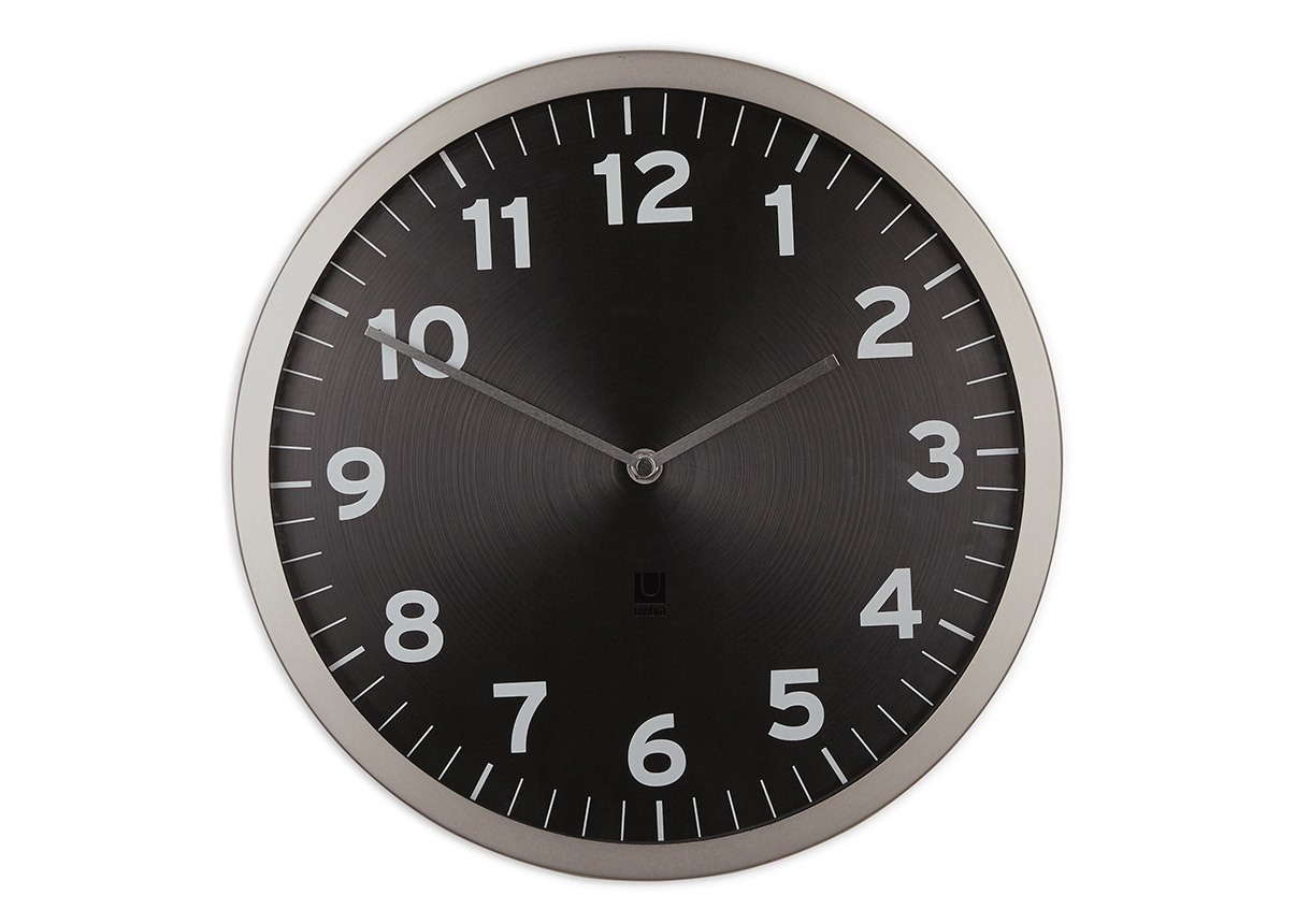 Настенные часы AnytimeНастенные часы<br>Классическая форма в современном прочтении. Настенные часы с корпусом из металла с эффектом шлифовки и стеклянной линзой. Как и у всех часов Umbra ход этих часов плавный и совершенно бесшумный.&amp;amp;nbsp;&amp;lt;div&amp;gt;&amp;lt;br&amp;gt;&amp;lt;/div&amp;gt;&amp;lt;div&amp;gt;Кварцевый механизм&amp;lt;/div&amp;gt;&amp;lt;div&amp;gt;Работают они от одной стандартной AA батарейки (не входит в комплект).&amp;lt;/div&amp;gt;<br><br>Material: Металл<br>Глубина см: 3