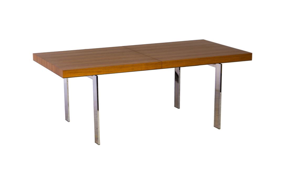 Стол  MANHATTAN TeakОбеденные столы<br>Обеденный стол идеальных пропорций для большой компании. Столешница строгой прямоугольной формы выполнена из массива тика, а ножки - из хромированной стали. Эта модель настолько универсальна и функциональна, что будет уместна в любом современном интерьере.<br><br>Material: Дерево<br>Length см: None<br>Width см: 200<br>Depth см: 100<br>Height см: 75