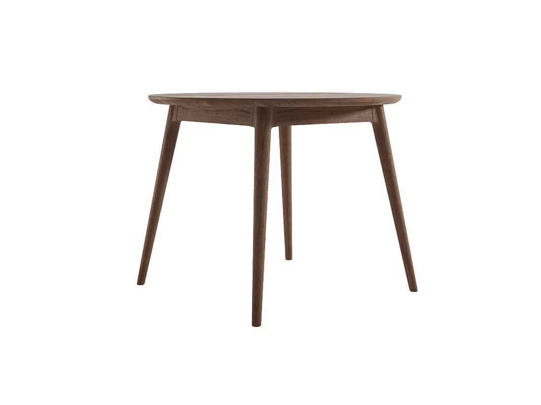 Стол VintageОбеденные столы<br>Красота, как известно, главная спасительница мира. А ещё, мы думаем, она – хранительница домашнего уюта. И поэтому рады делиться этой красотой с вами. В её поисках наши агенты без устали исследуют мебельные фабрики и творческие мастерские по всему миру. И отбирают только лучшее. При этом не просто красивое, но и идеально качественное, удобное, функциональное, созданное вручную из натуральных материалов. Это непростой труд, но наградой за него служит то удовольствие, с которым наши покупатели пользуются приобретёнными у нас предметами интерьера и мебелью.<br><br>Material: Тик<br>Высота см: 78.0
