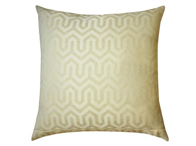 Подушка ТриоКвадратные подушки и наволочки<br>Декоративная  подушка со съемным чехлом на молнии из жаккарда геометрический дизайн. Рекомендована бережная ручная стирка.&amp;lt;div&amp;gt;&amp;lt;br&amp;gt;&amp;lt;/div&amp;gt;&amp;lt;div&amp;gt;Материал: Вискоза&amp;lt;br&amp;gt;&amp;lt;/div&amp;gt;<br><br>Material: Текстиль<br>Ширина см: 45.0<br>Глубина см: 45.0