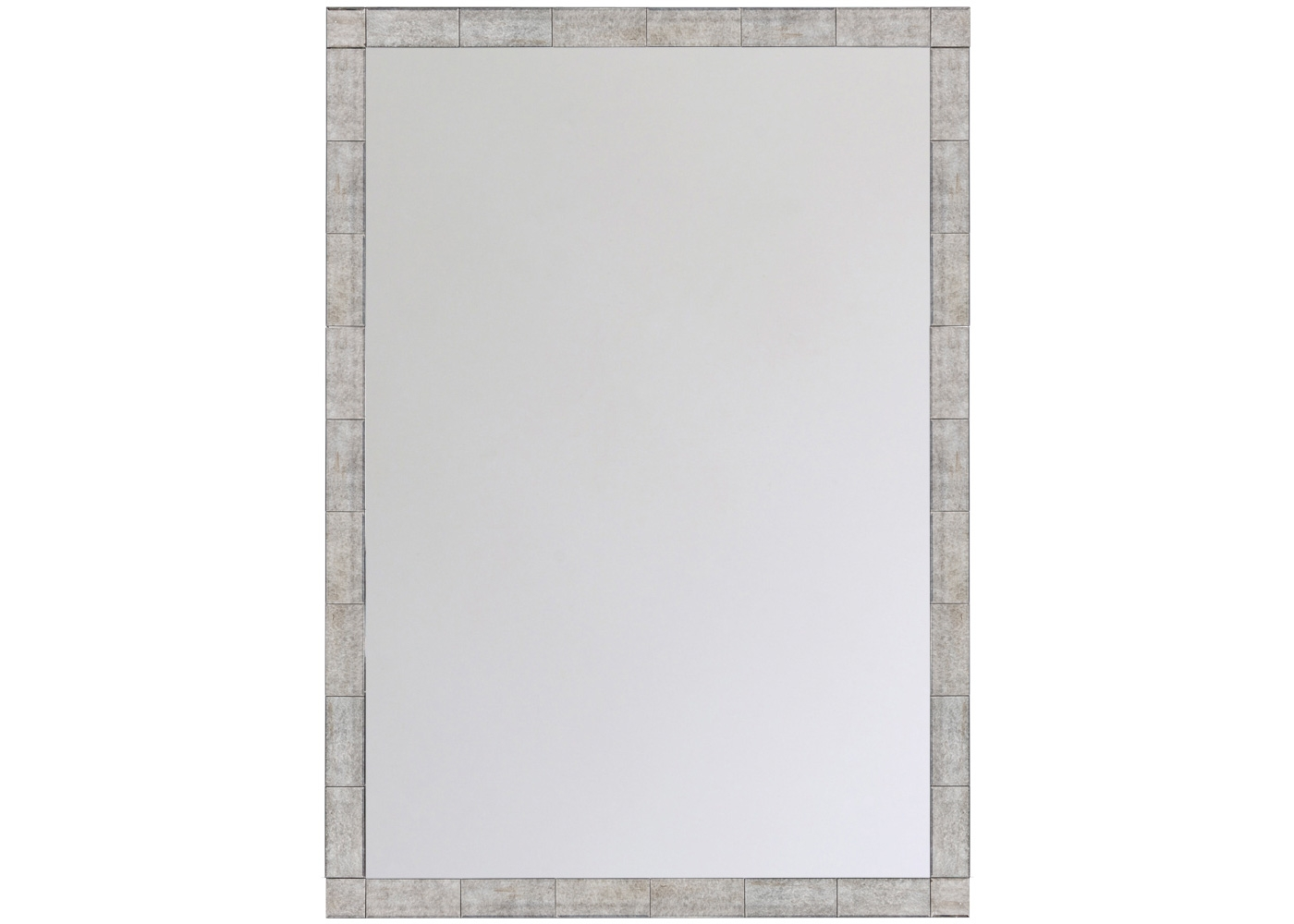 Настенное зеркало «Жаклин»Настенные зеркала<br>Авангардное дизайнерское зеркало &amp;quot;Жаклин&amp;quot; происходит из старинной венецианской школы, покрывшей зеркальным слоем полную поверхность, включая раму. Обладая роскошным размером, это зеркало преображает пространства светом и простором. Его стилистические рамки не менее обширны. Прямая форма ответит любителям постмодерна. В сочетании с зеркальной поверхностью, она станет главным украшением интерьеров &amp;quot;хай-тек&amp;quot;. Прямоугольная кладка рамы угодит греческому и кельтскому стилям, для которых рама слегка состарена.<br><br>Material: МДФ<br>Ширина см: 122.0<br>Высота см: 173.0<br>Глубина см: 3.5